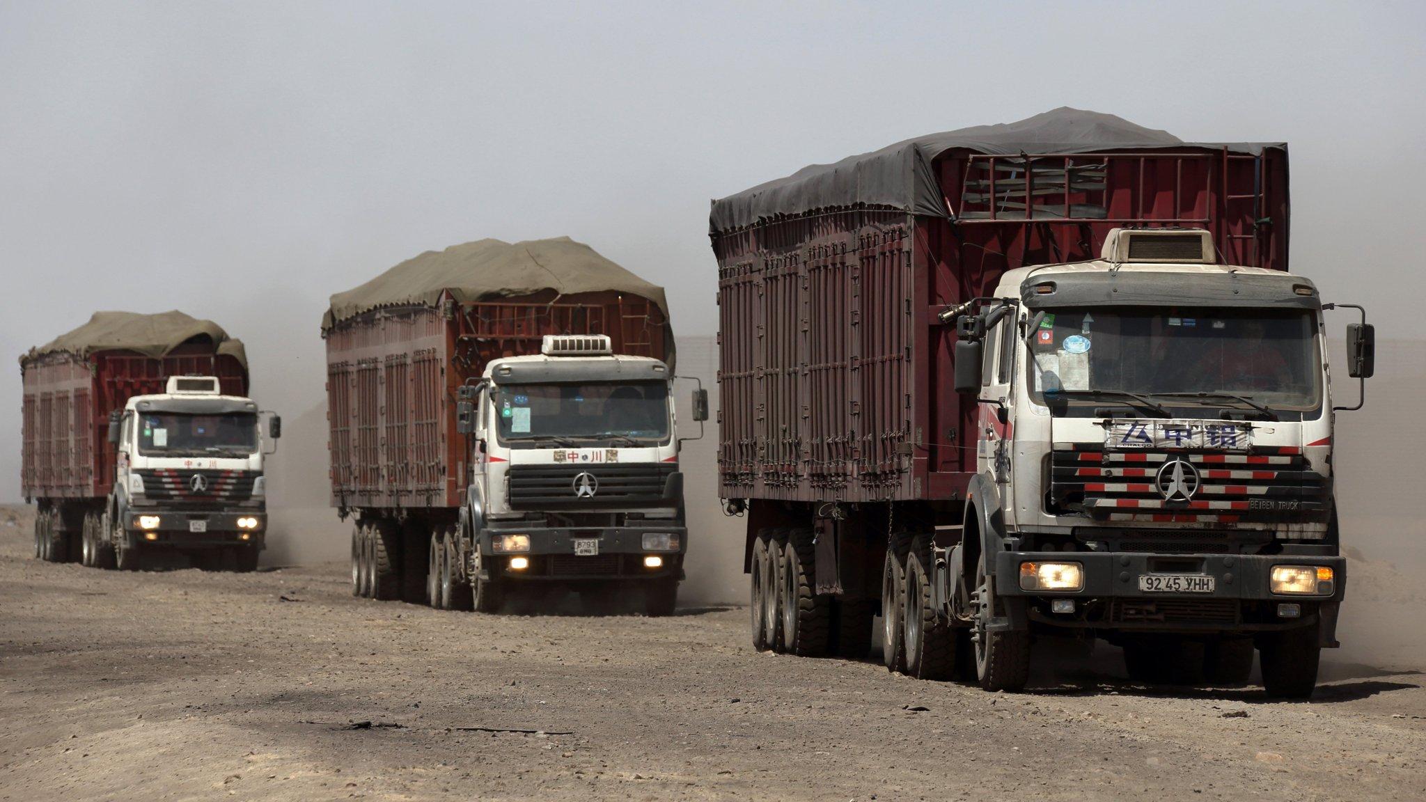 Картинки по запросу mongolia china coal cars
