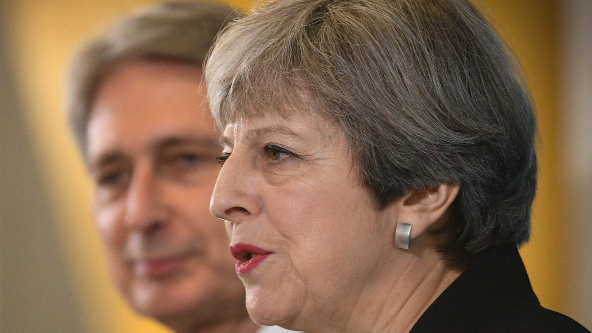 Brexiters prepare for battle with May on customs union