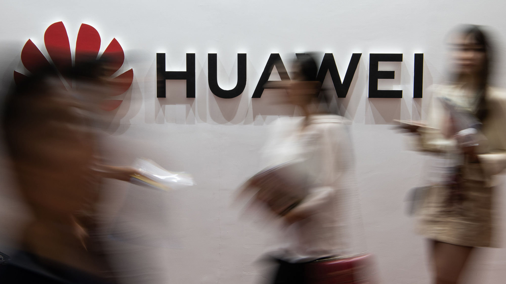 Huawei's dominance in 5G should be challenged