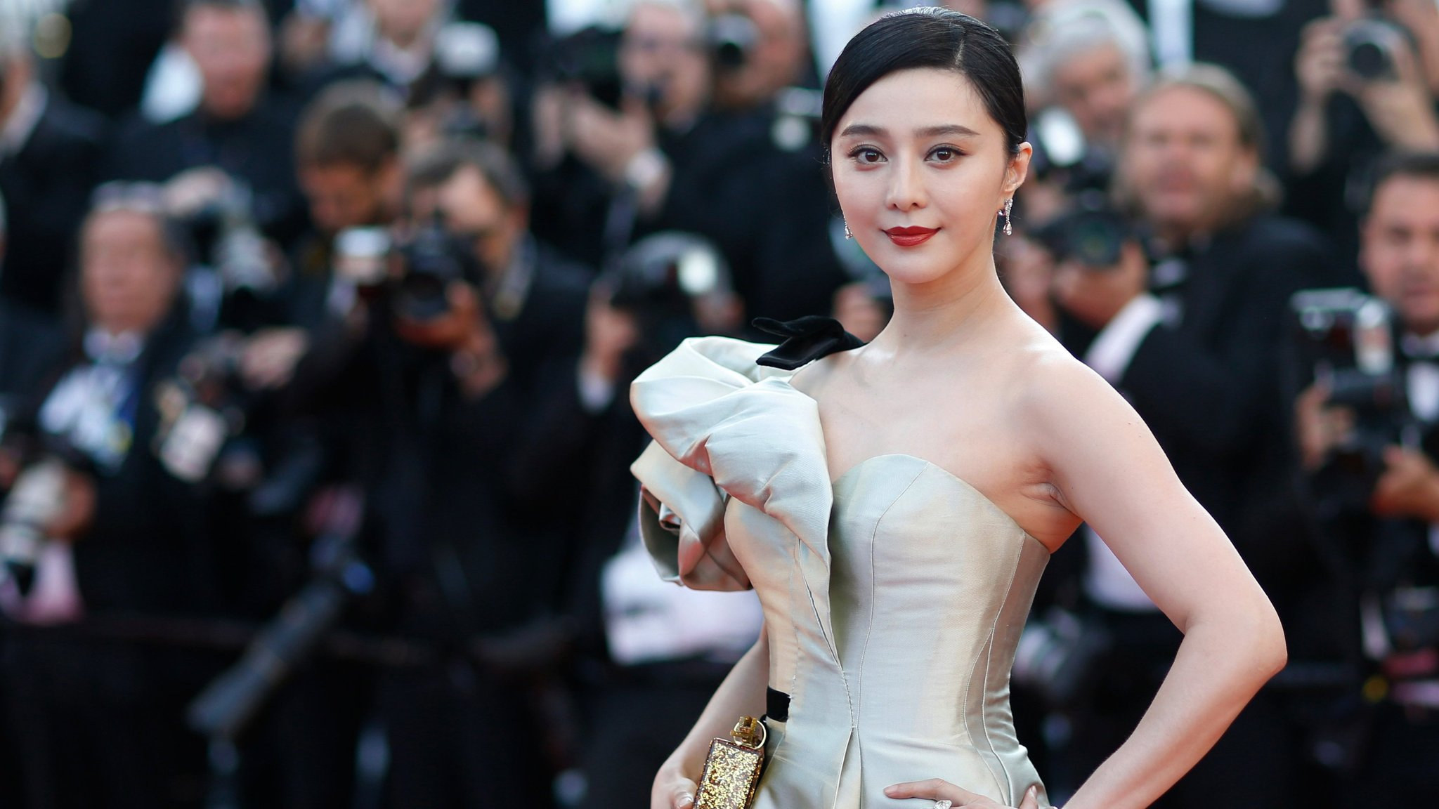 Chinese film stars face government tax investigation