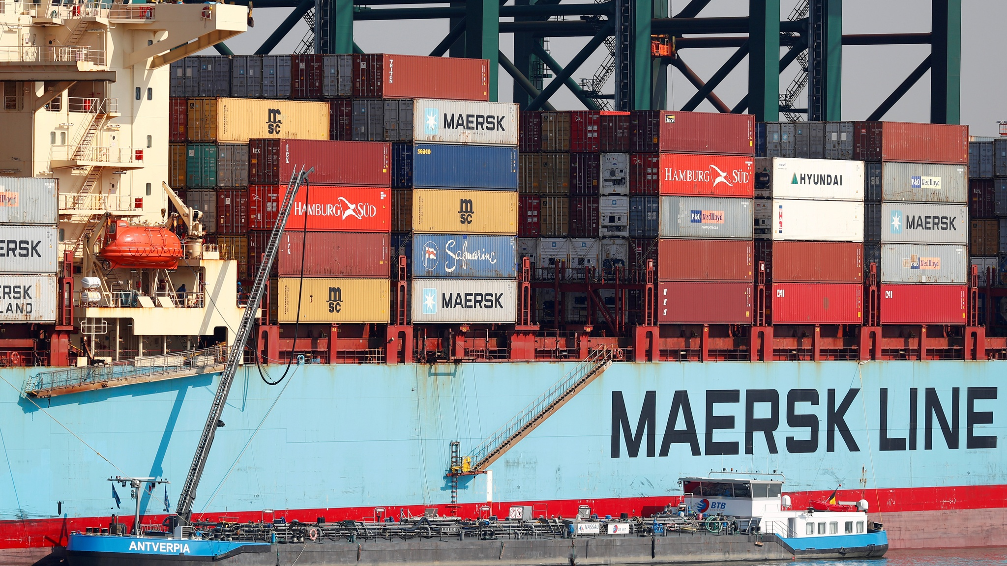 Maersk warns shipping faces more pain from trade war
