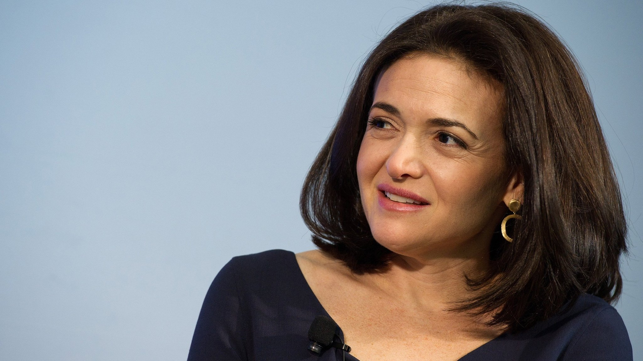 Facebook courts investors on user wellbeing plan