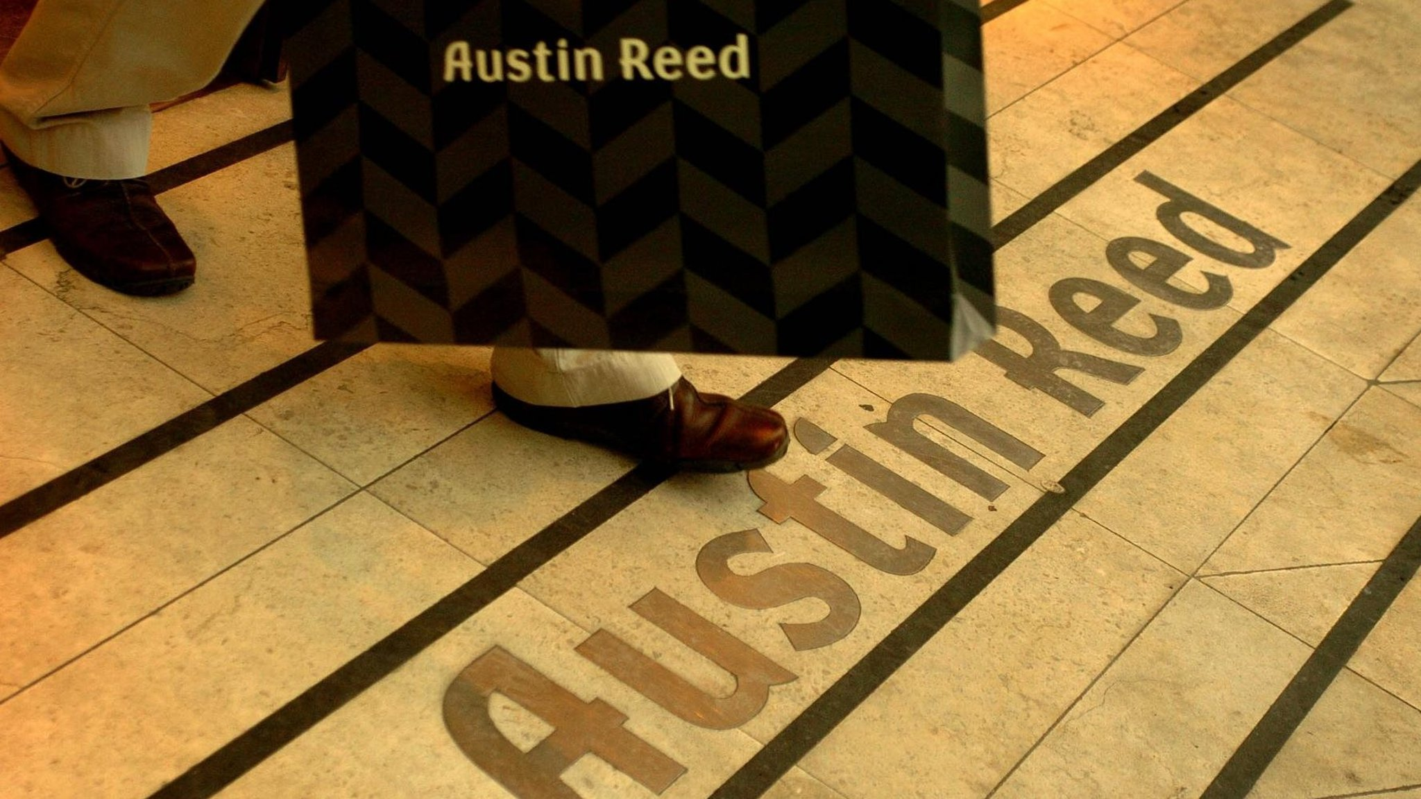 Austin Reed Set For Return To The High Street Financial Times