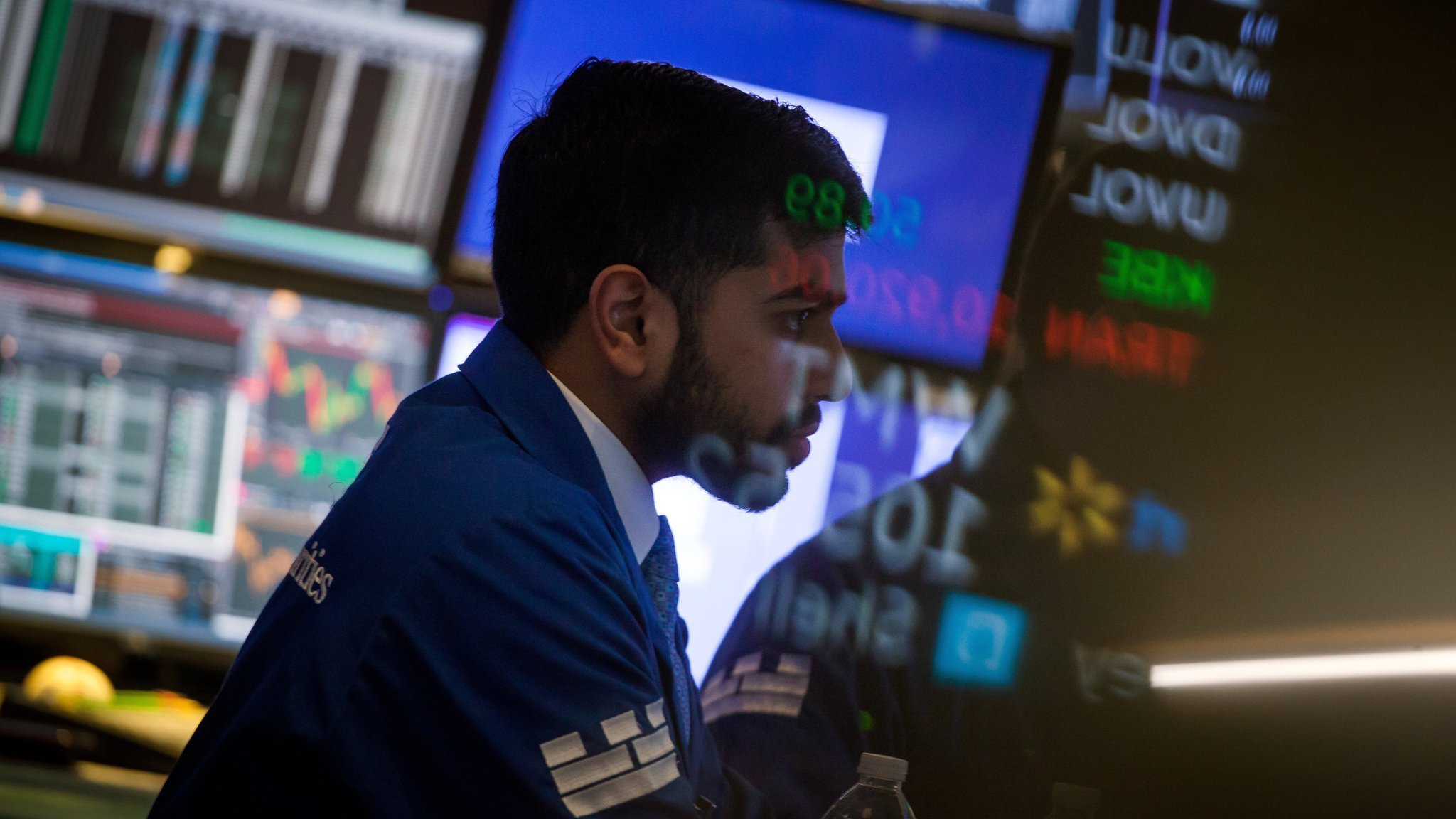 Asia markets sell off after Wall Street stumble