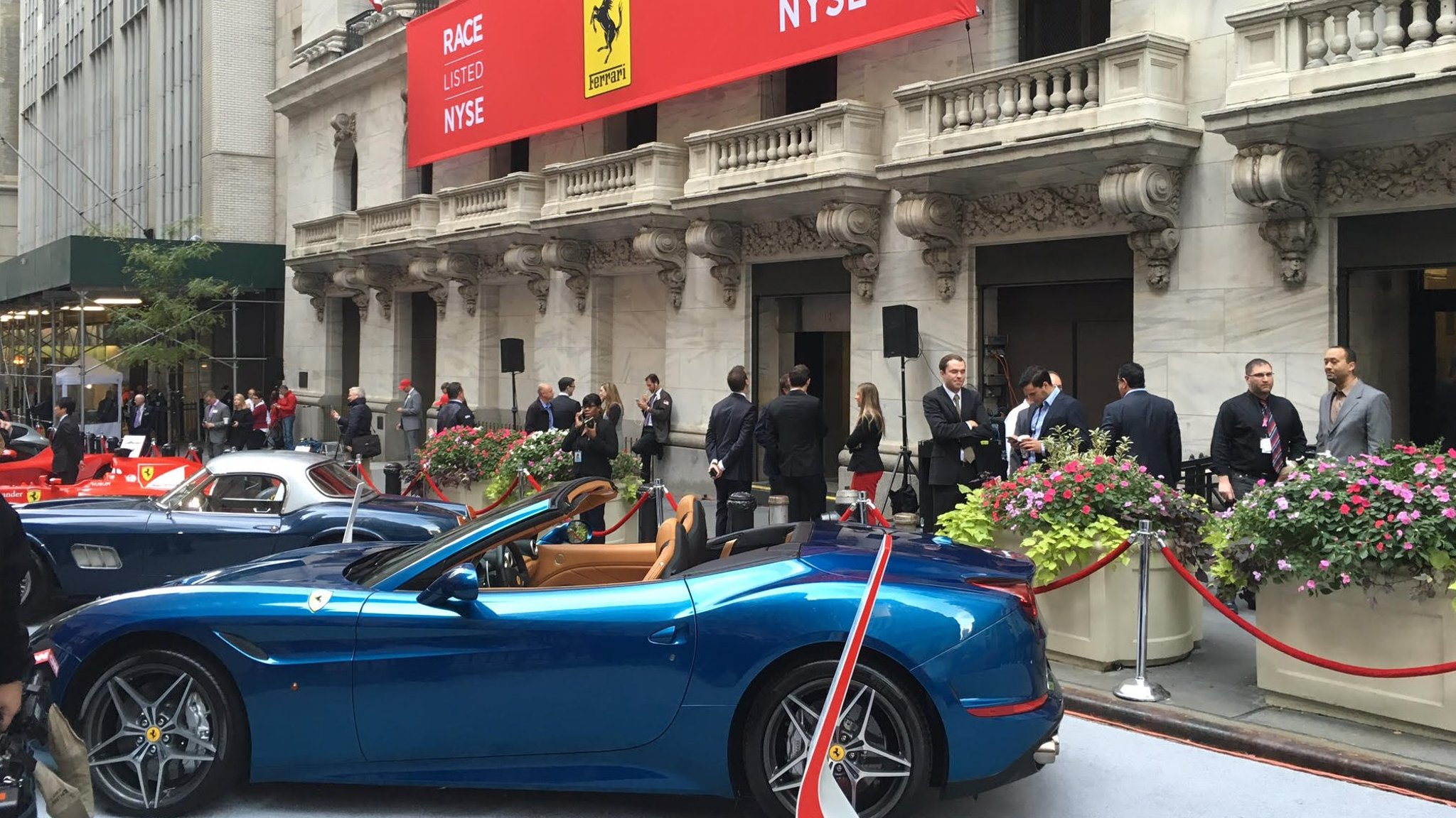 Ferrari Ipo Accelerates In Opening Trade Financial Times
