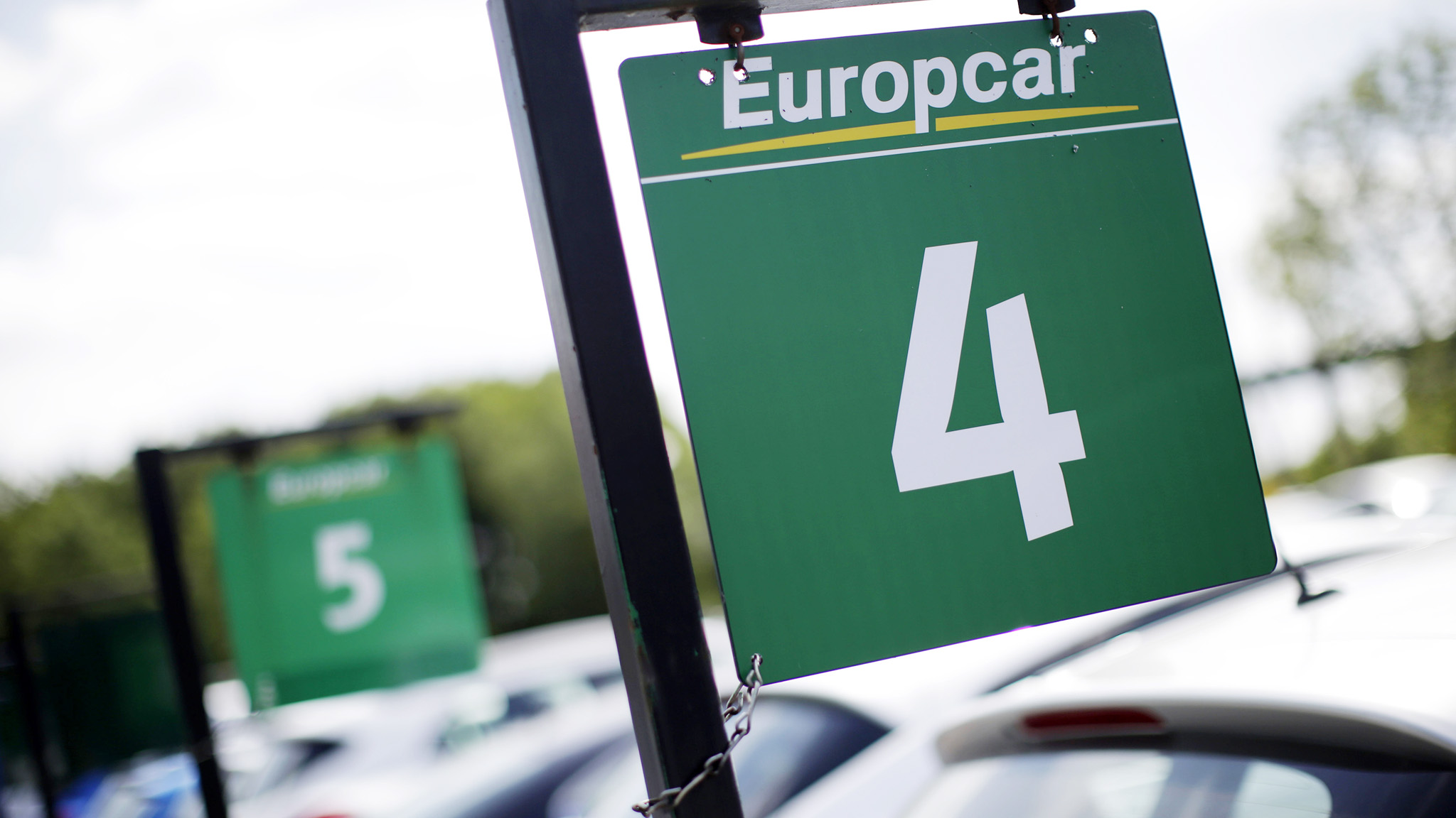 Europcar Expands Holiday Rental With 550m Goldcar Deal Financial