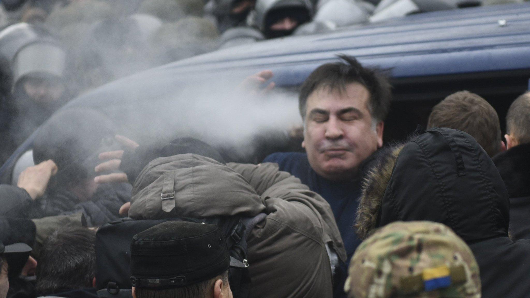 Supporters free arrested Mikheil Saakashvili from Ukraine police van