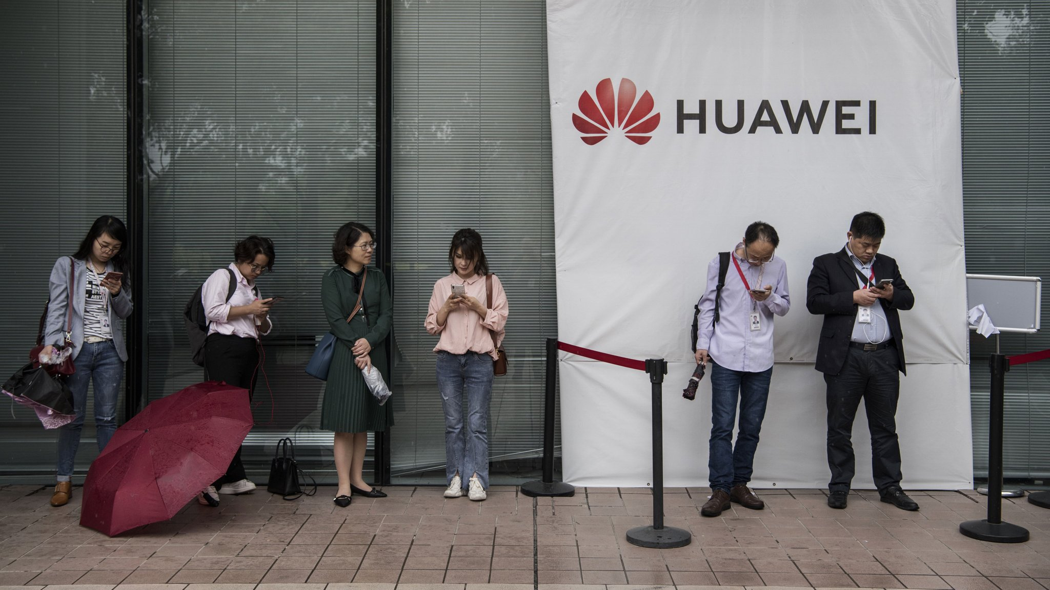 Can Huawei survive US blacklisting?   Financial Times