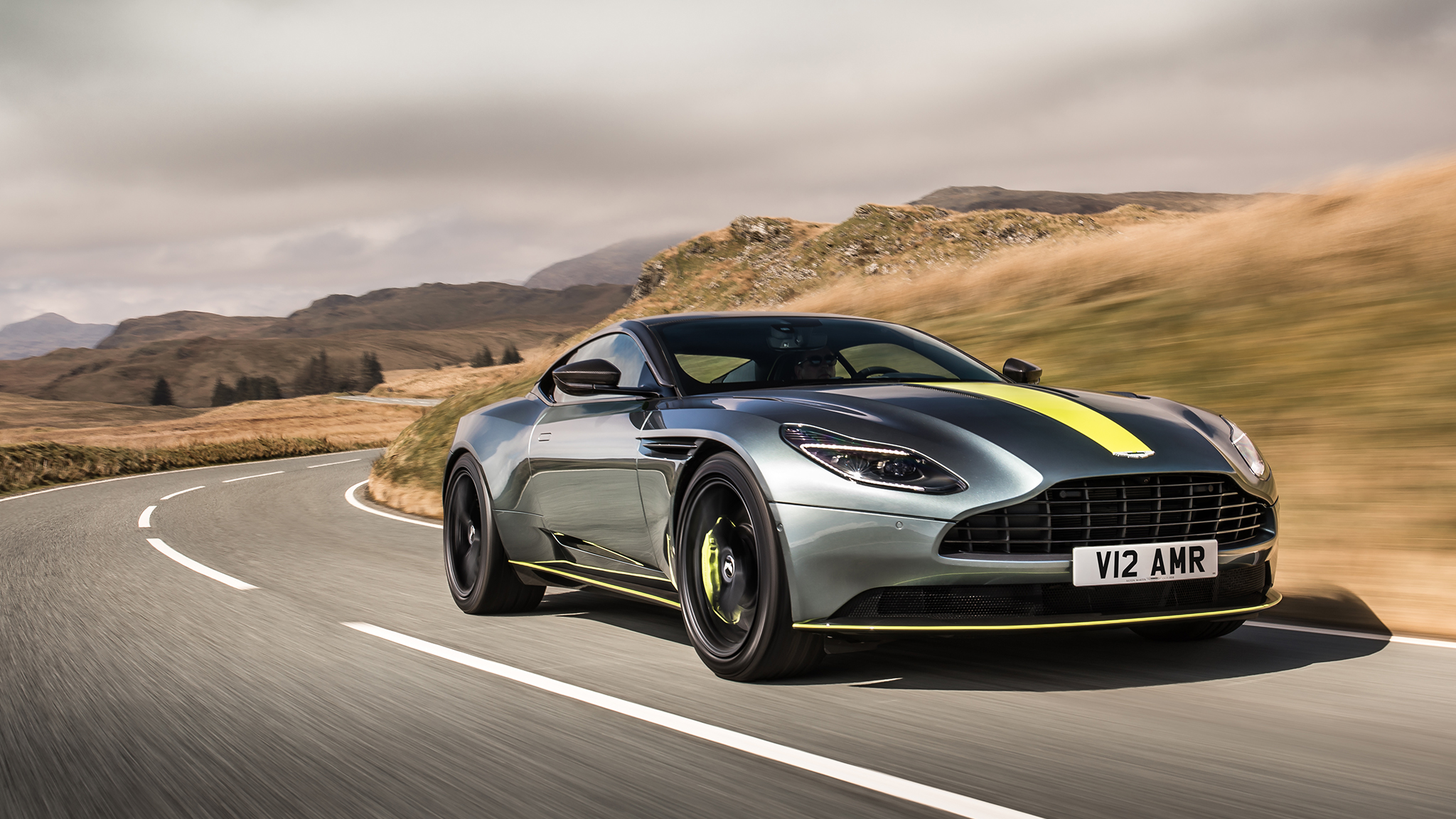 Aston Martin Seeks To Overtake Ferrari Valuation In Flotation - Aston martin pics