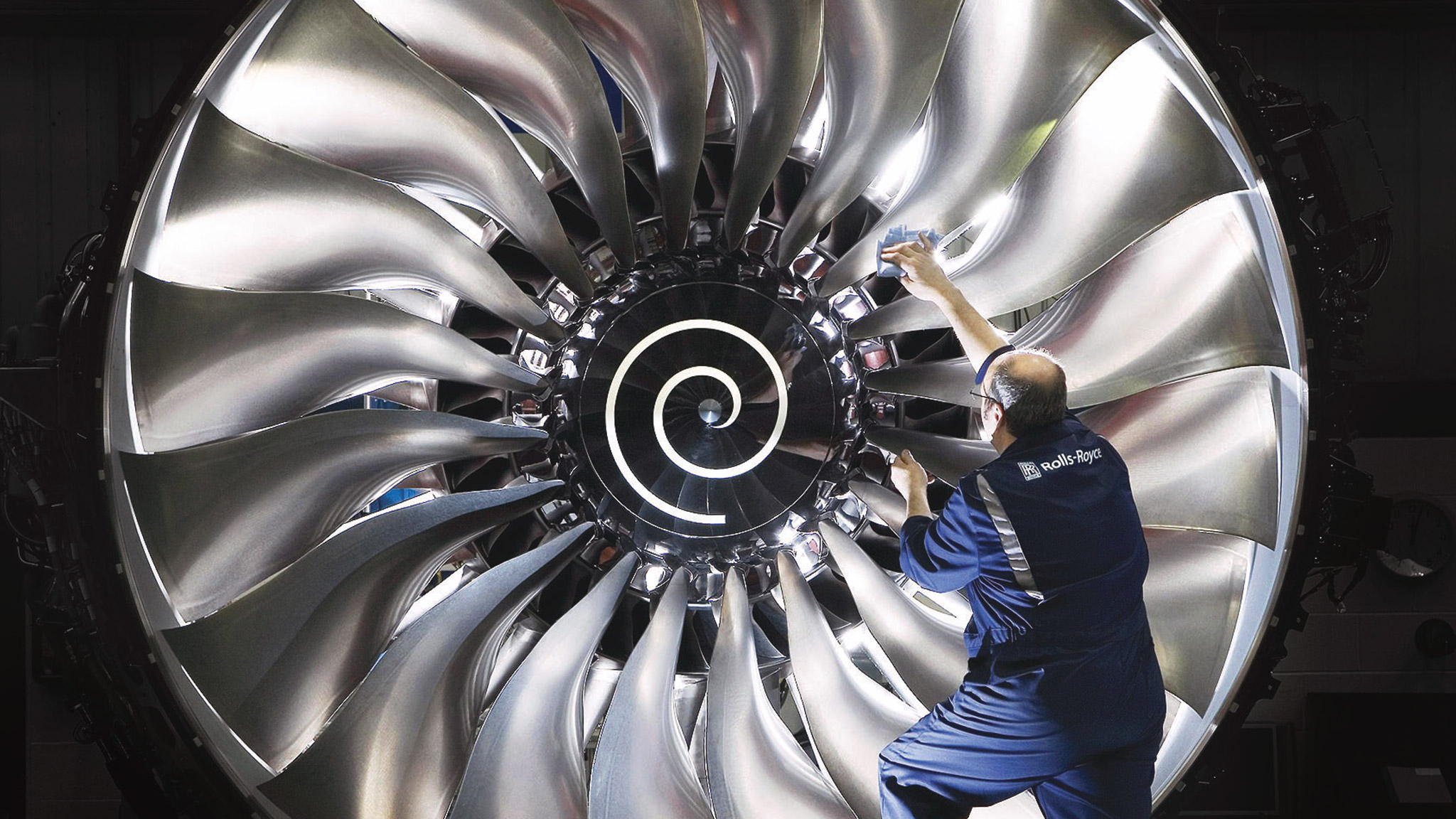 Rolls Royce seeks to catch up with rivals on margins