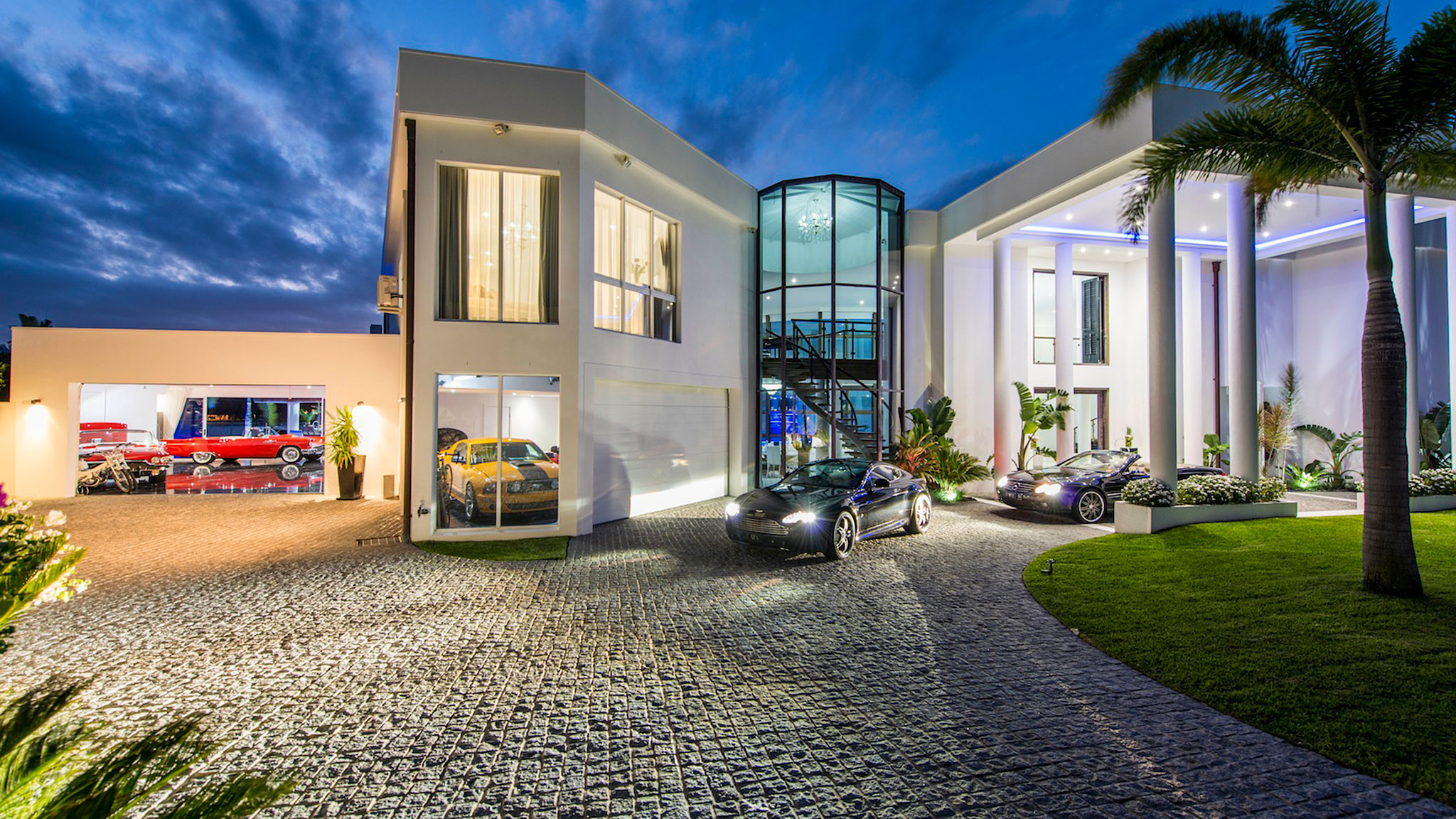 Five Houses With Super Garages For Supercars - Houses with underground garages
