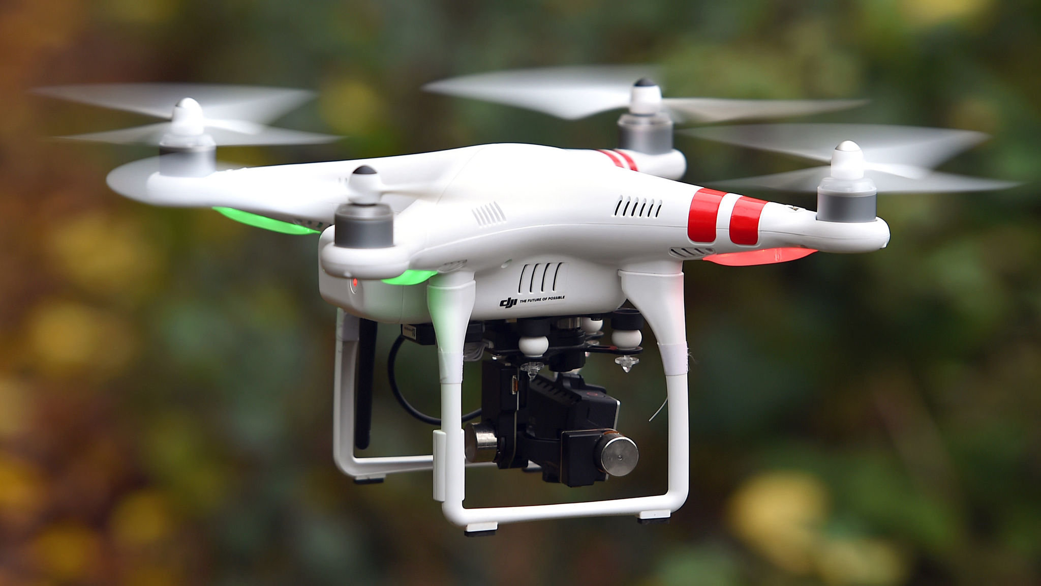 How big a threat are drones at airports?   Financial Times