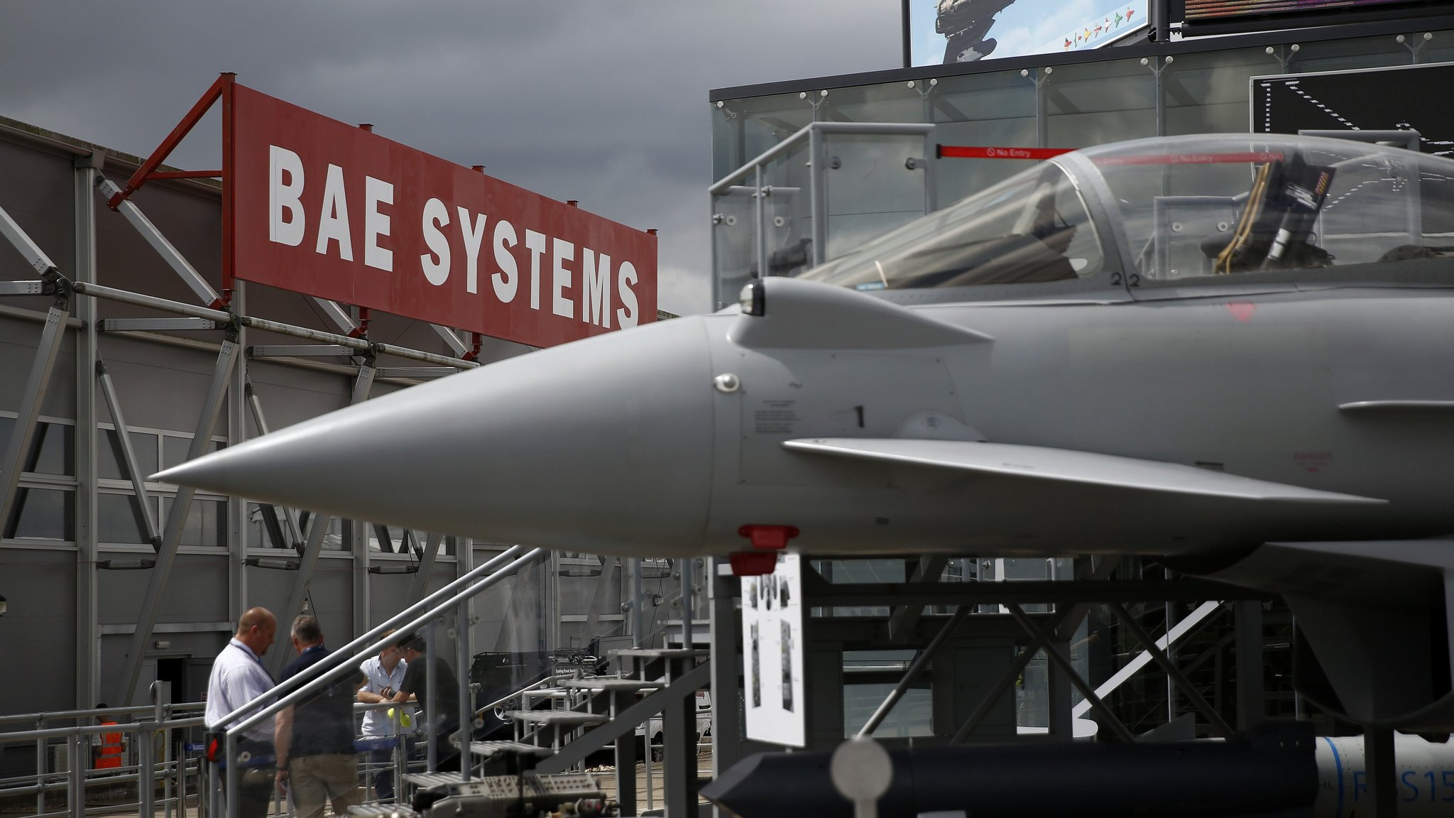 Airbus in talks to settle German Eurofighter probe