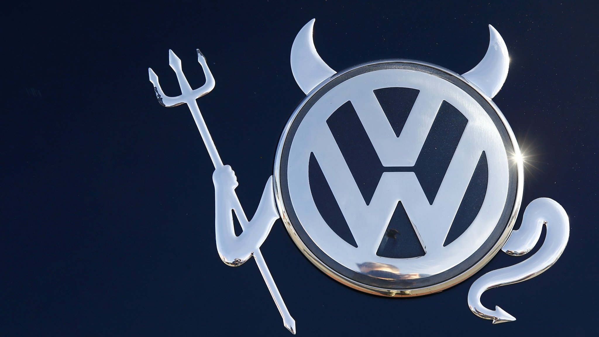 Vw Reports Biggest Annual Loss In Almost Eight Decades Financial Times