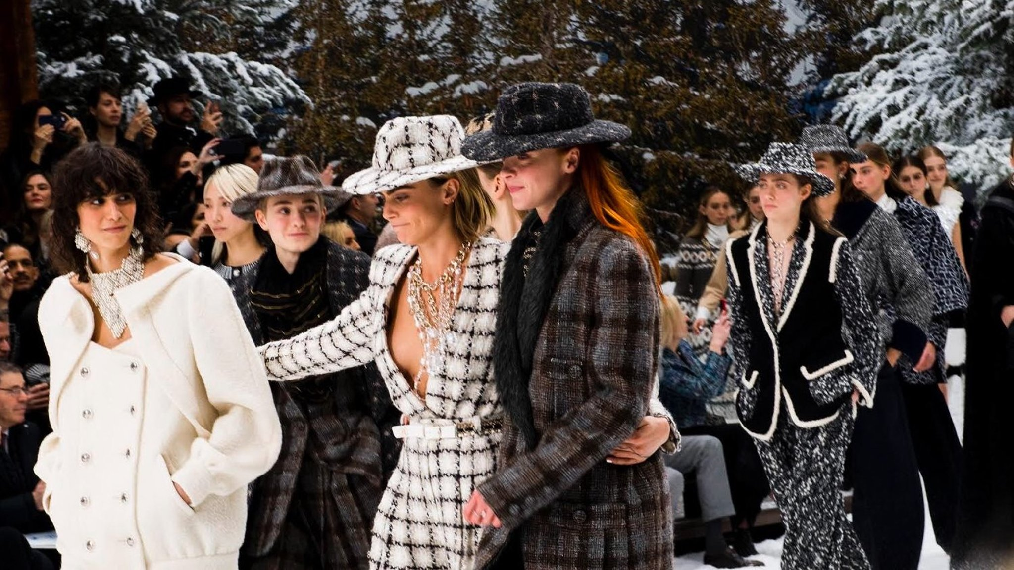 Chanel Aw19 Karl Lagerfeld S Last Show Financial Times