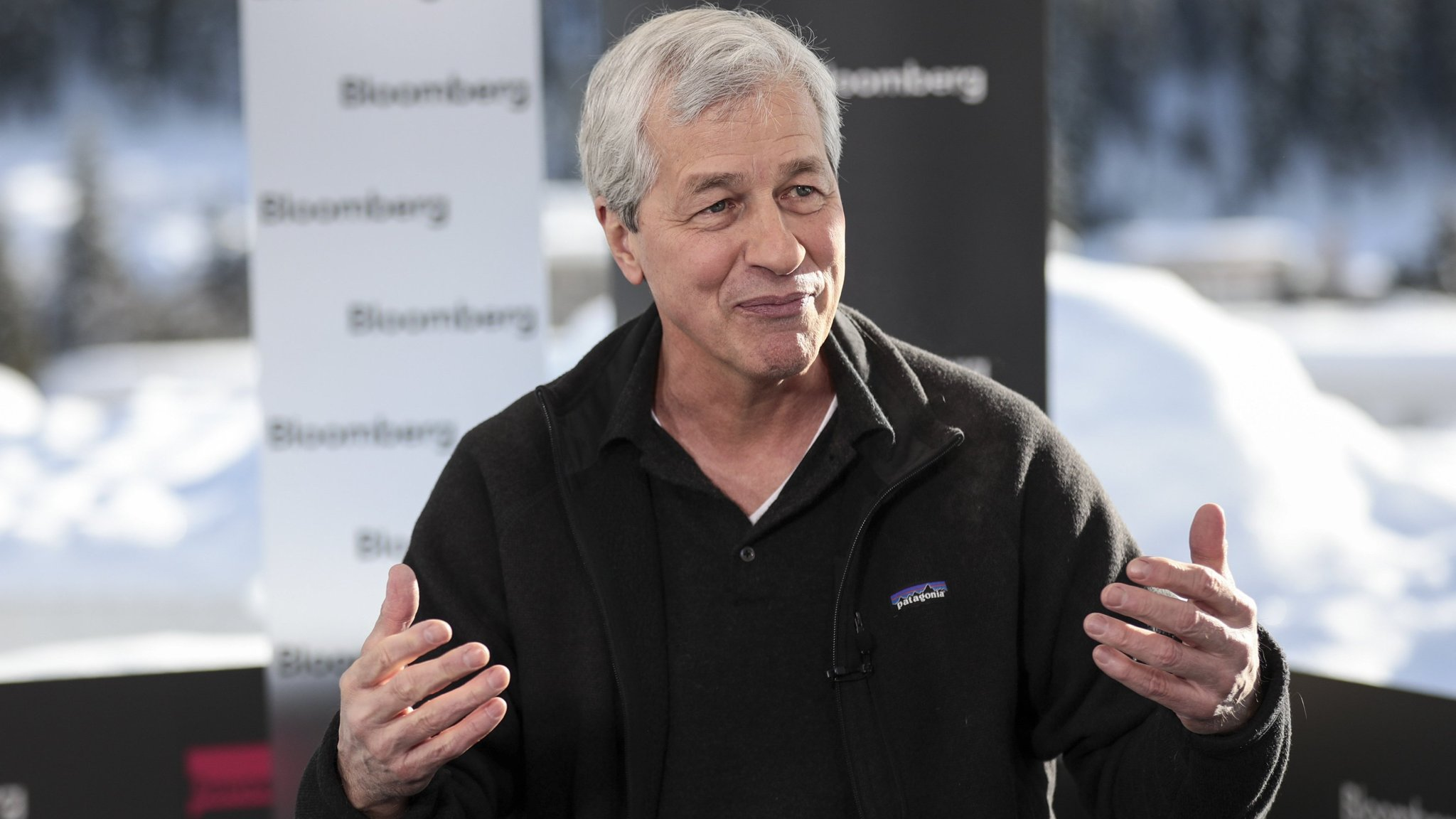 Dimon signs on for another five years as JPMorgan chief