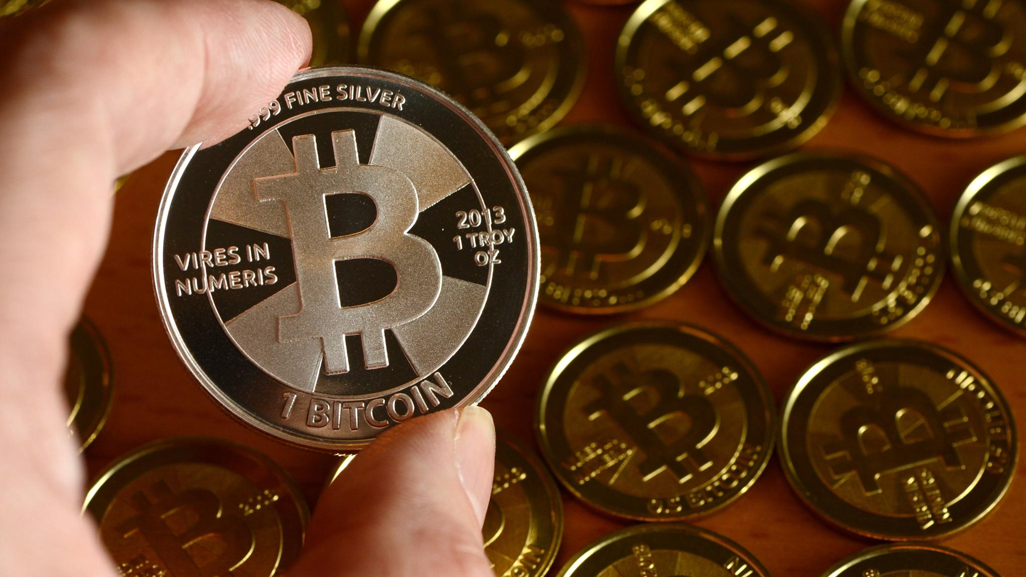 Bitcoin bounces back in China to top $1,000 | Financial Times