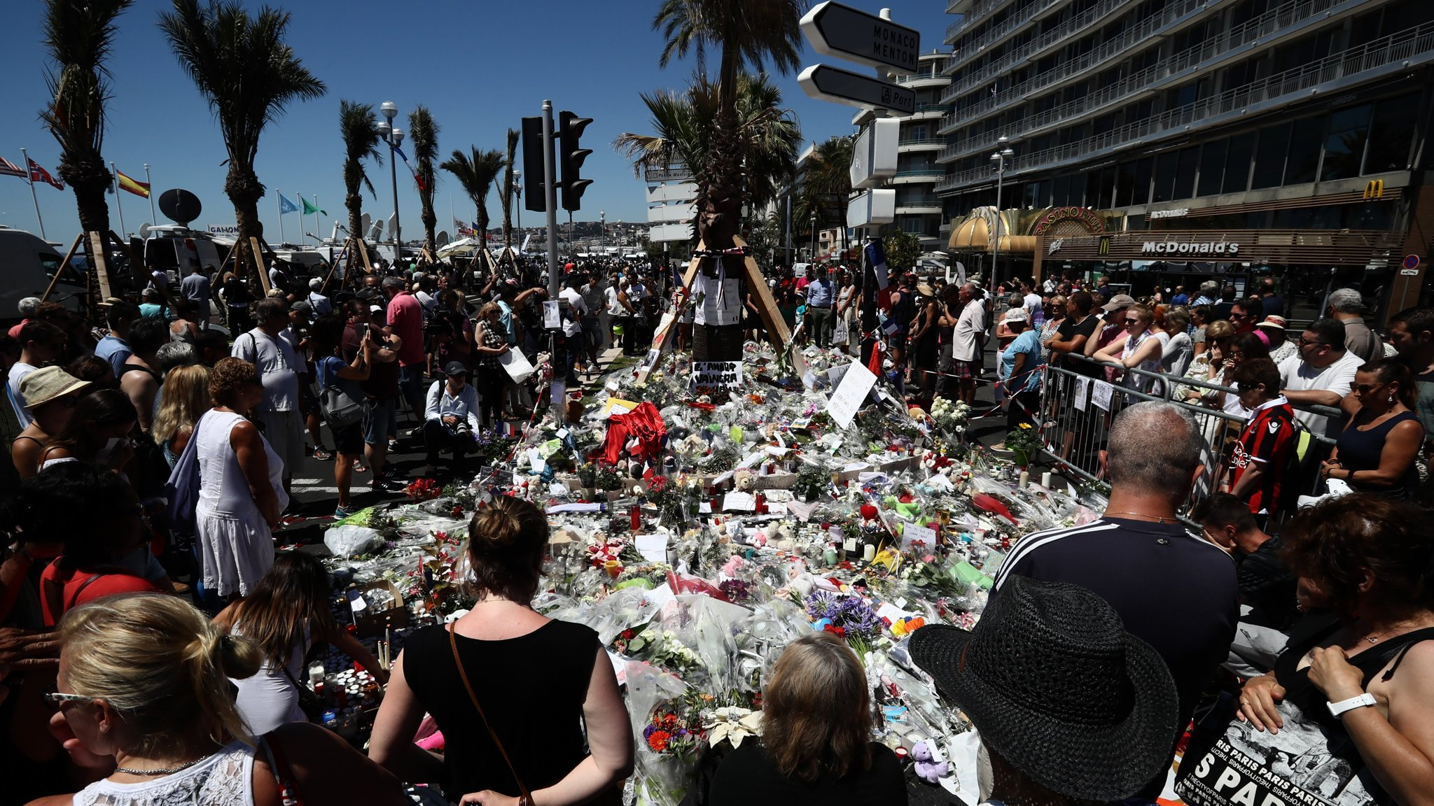 Isis claims responsibility for attack in Nice | Financial Times