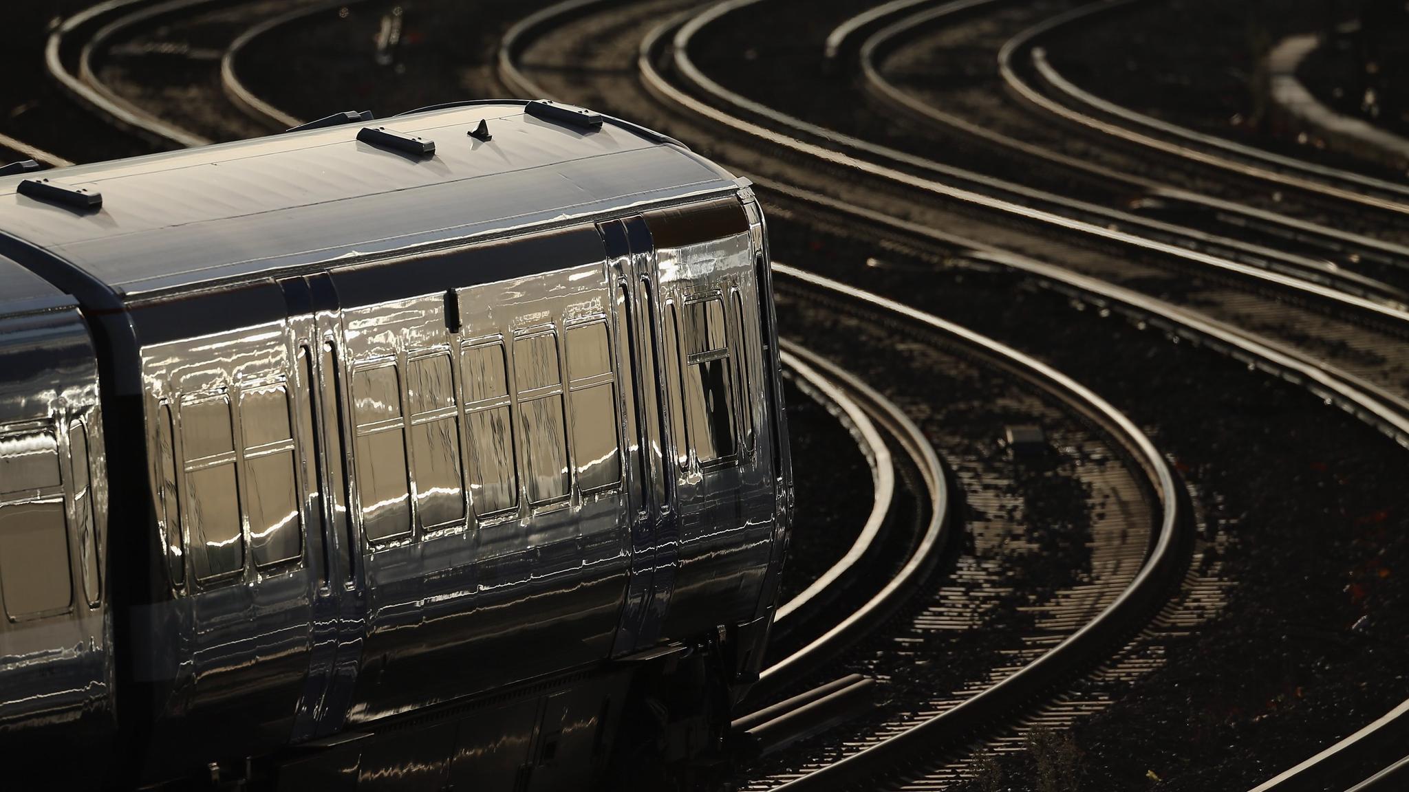 British MPs condemn £10 5bn PFI train deals | Financial Times