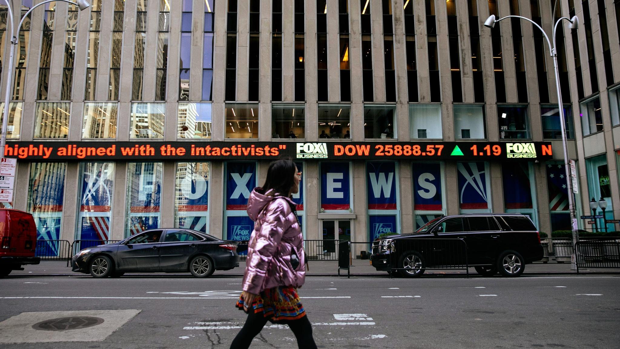Murdoch's Fox Corp taps into fintech market for growth