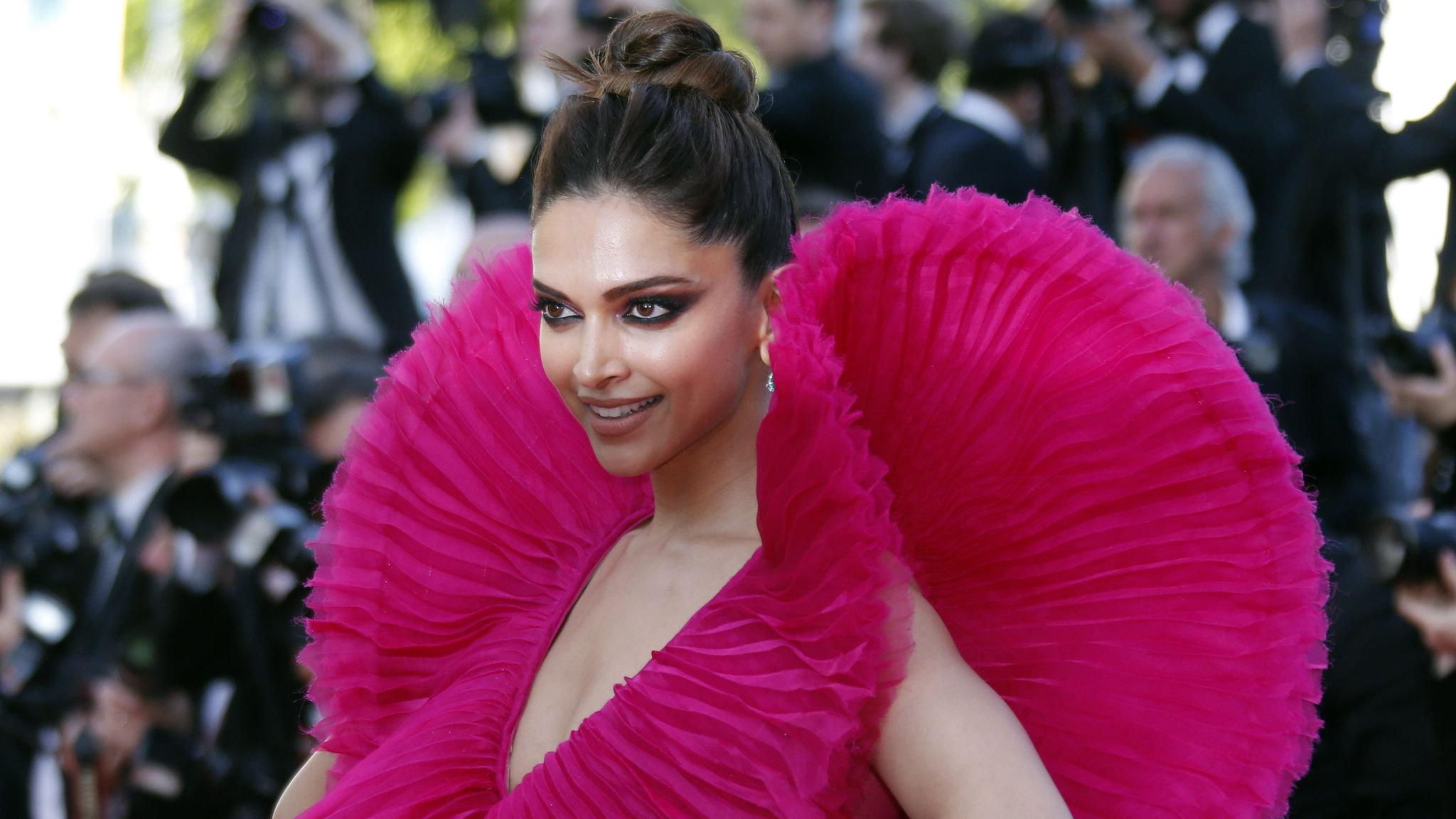 Deepika Padukone A Star Shines A Light On Dark Truths Financial Times