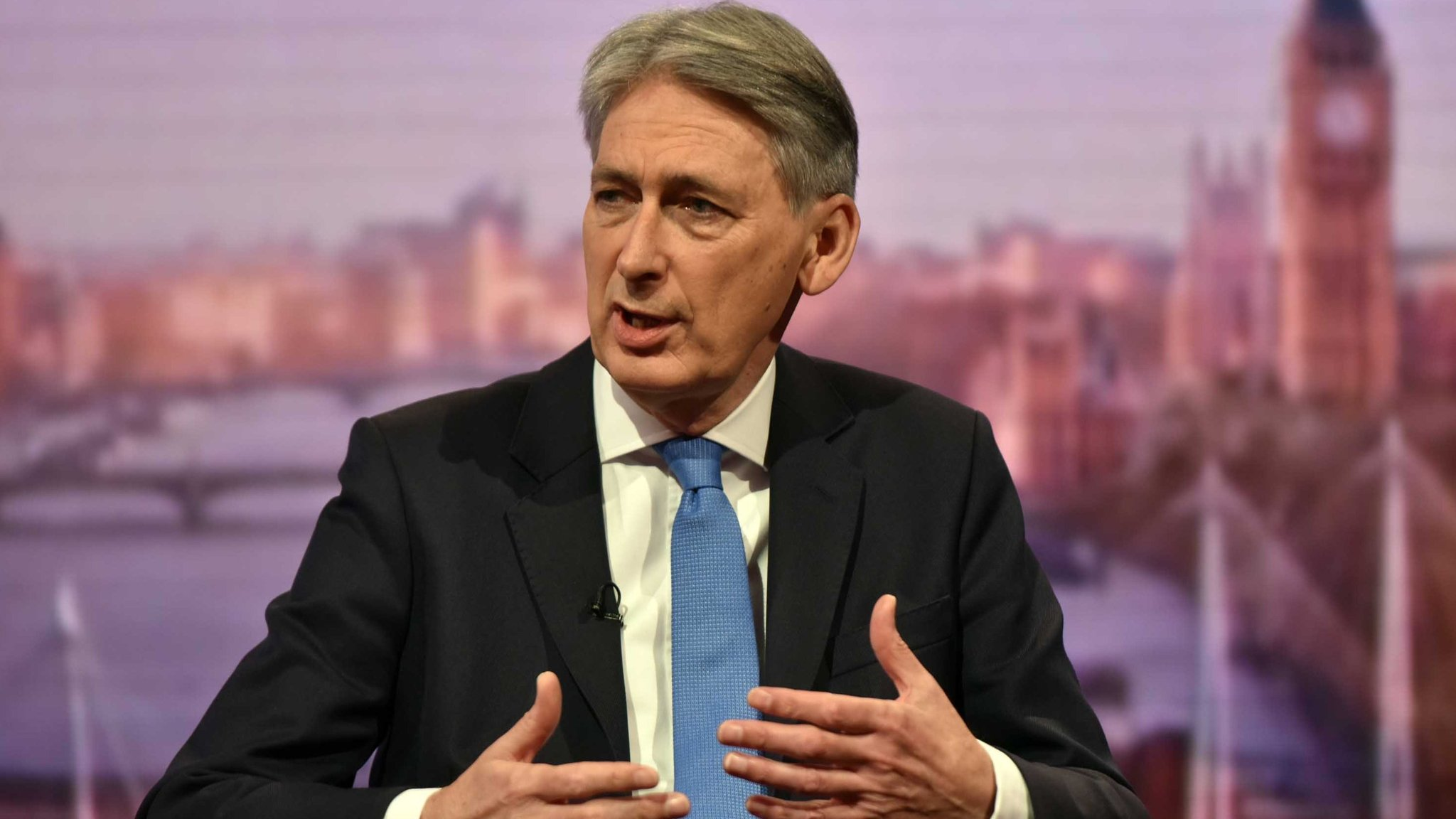 Hammond says UK is on 'brink' of 'serious movement' in Brexit talks
