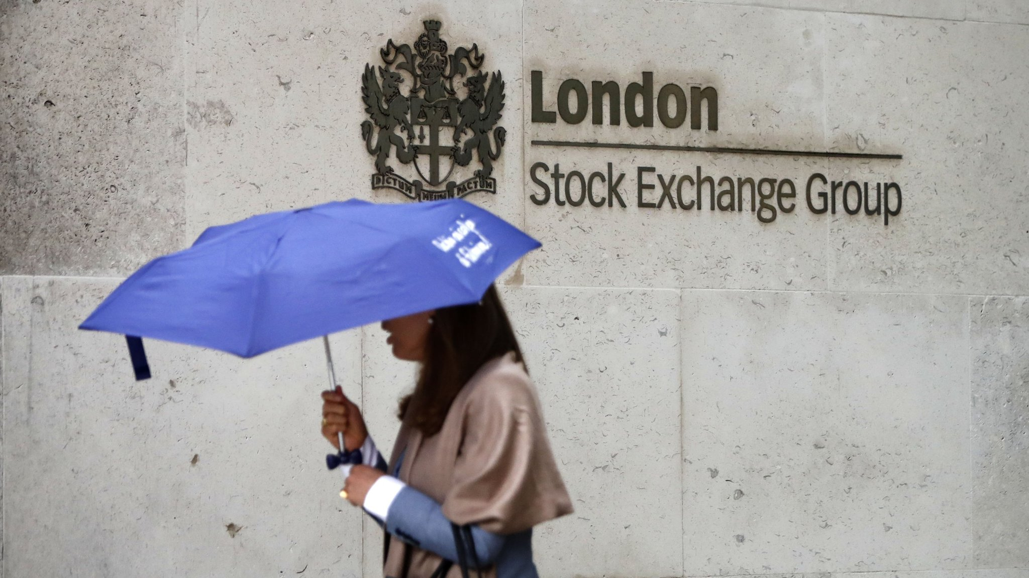 Rolet quits as London Stock Exchange chief after power struggle