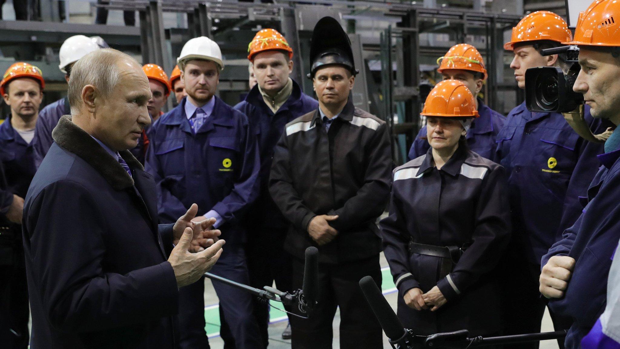 Kremlin tries to stir voters' interest in Putin's election campaign