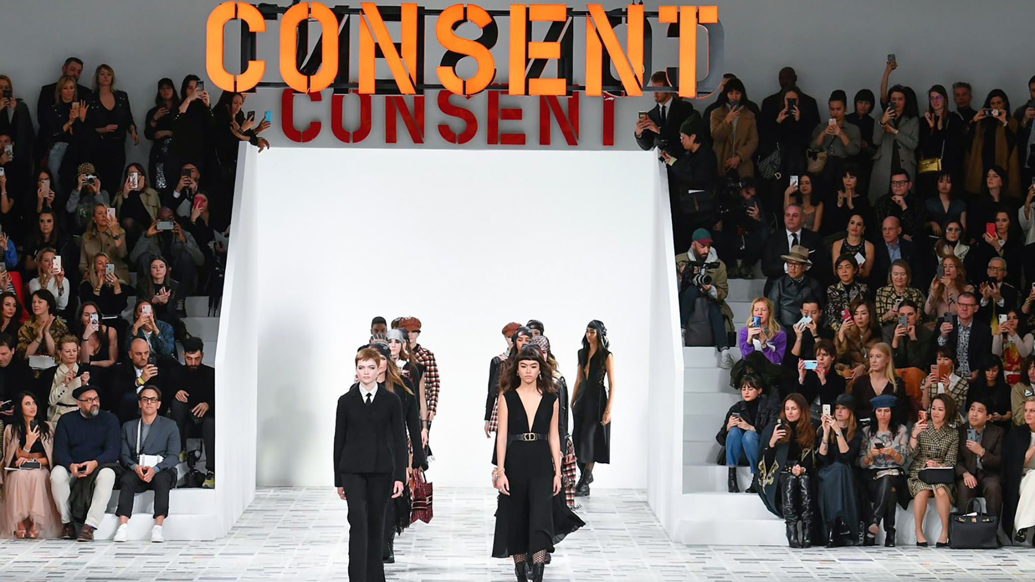 Despite Coronavirus The Paris Fashion Shows Went On Just With Face Masks Financial Times