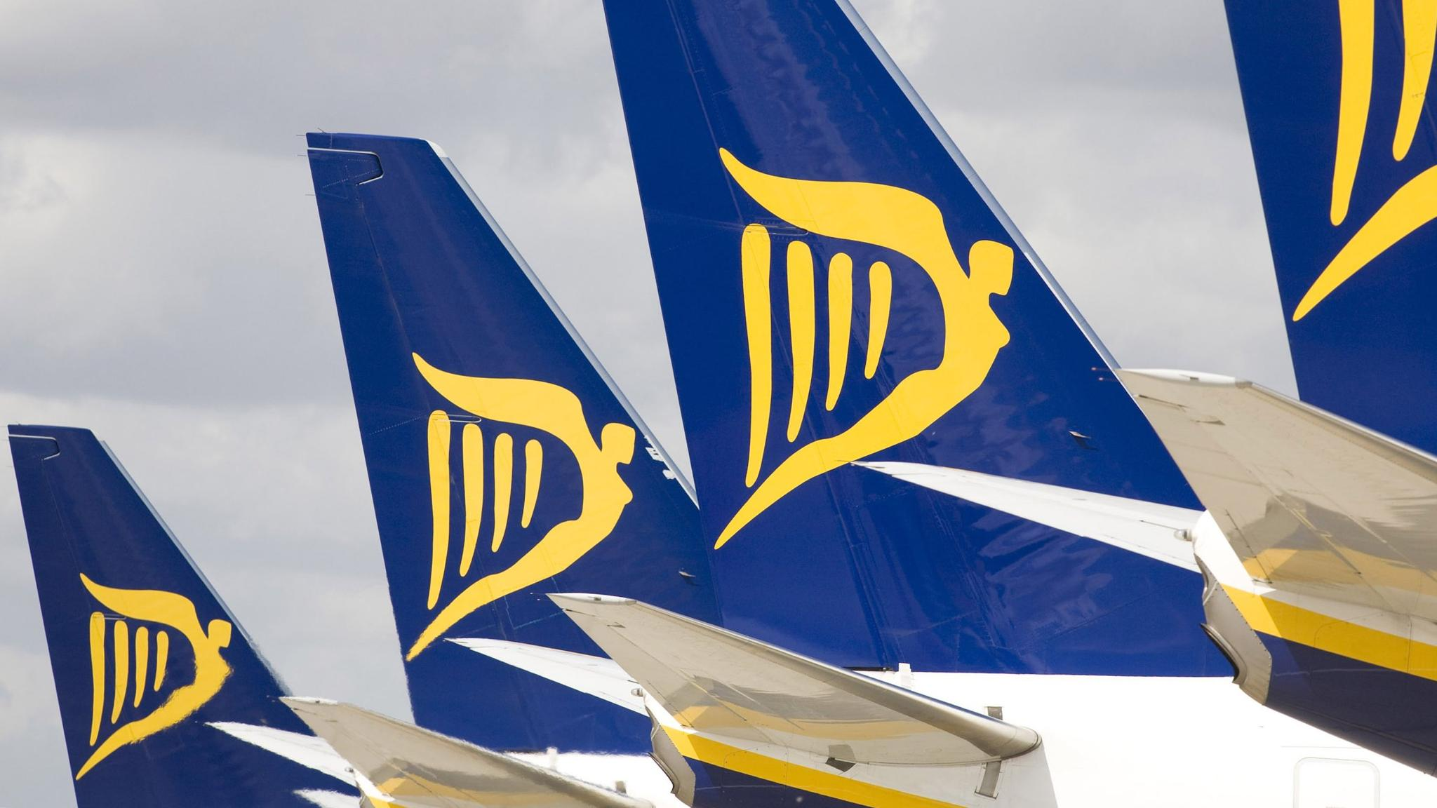 Ryanair board approves plan for transatlantic airline fandeluxe Image collections