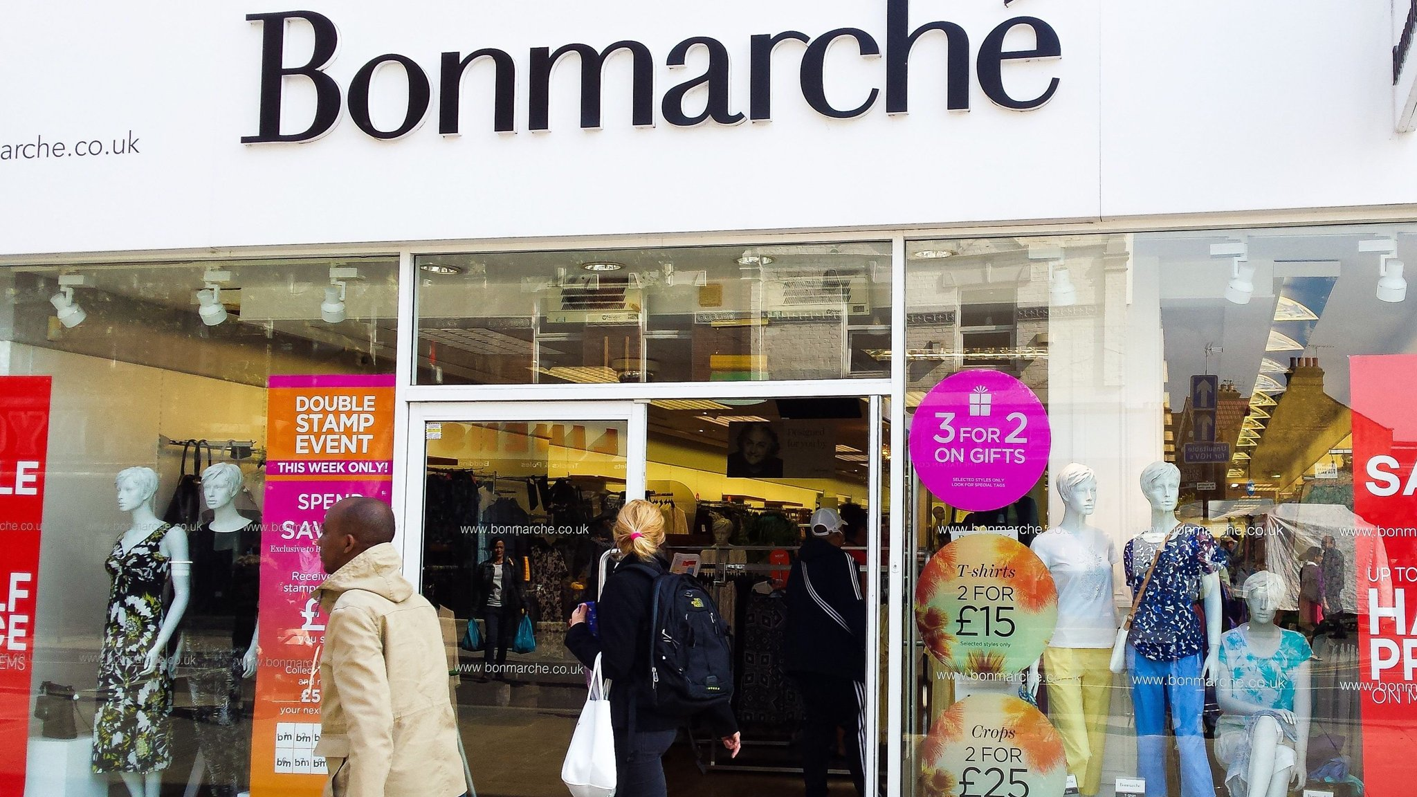Bonmarché calls in administrators with 3,000 jobs in question