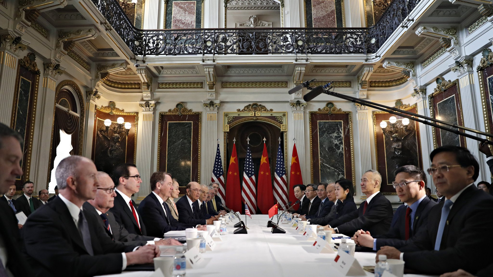 US and China look to end chipmaker spat as part of trade deal