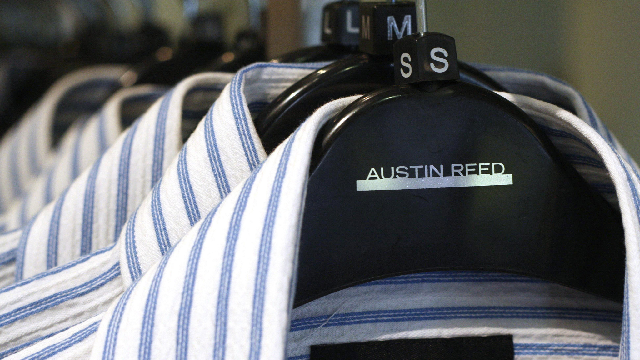 Austin Reed To Close With Loss Of 1 000 Jobs Financial Times