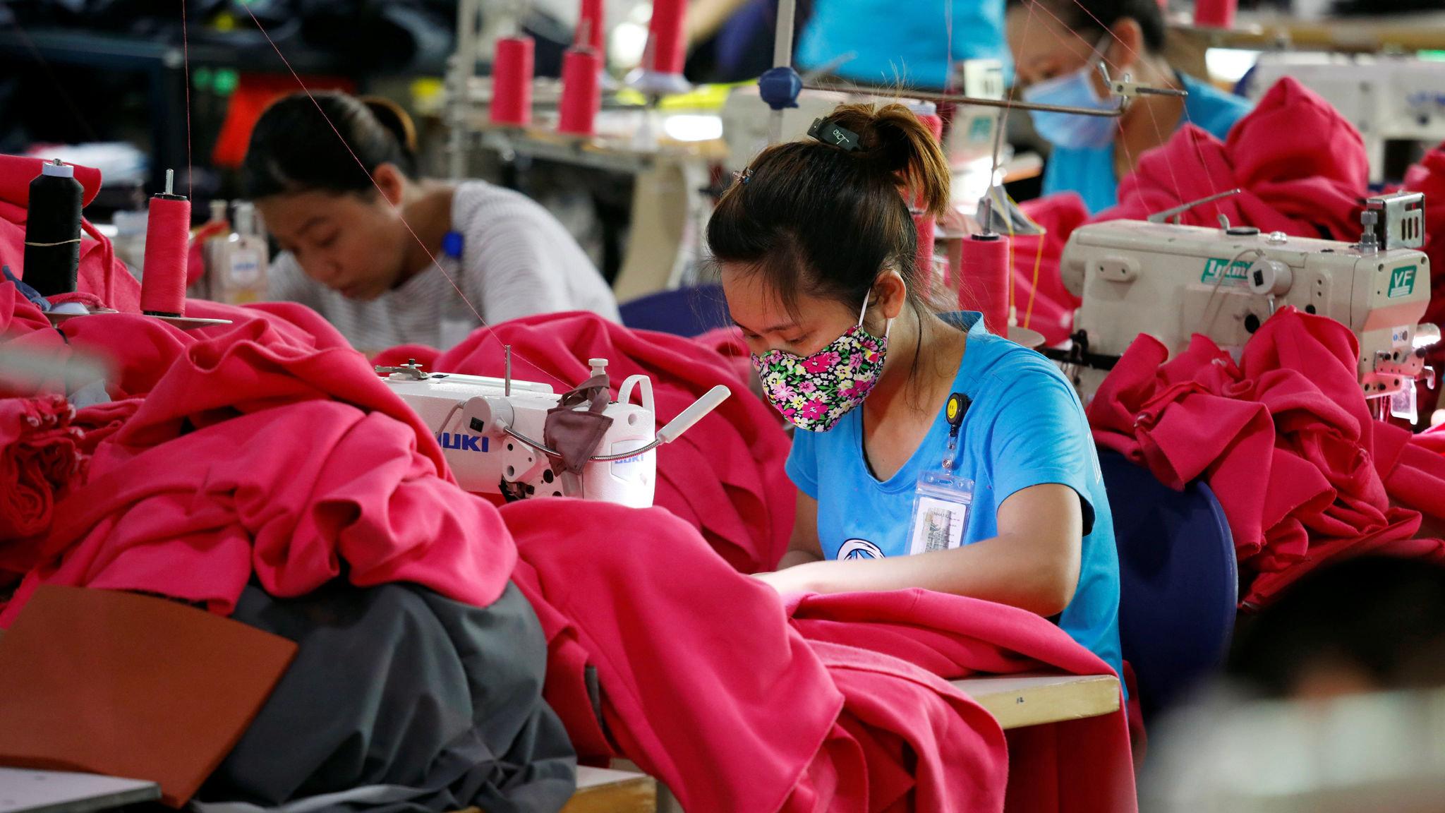 Vietnam pledges to import more US goods   Financial Times