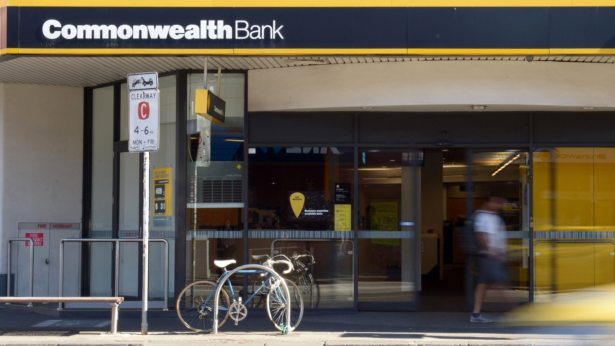 CBA accused of 50,000 breaches of money laundering laws