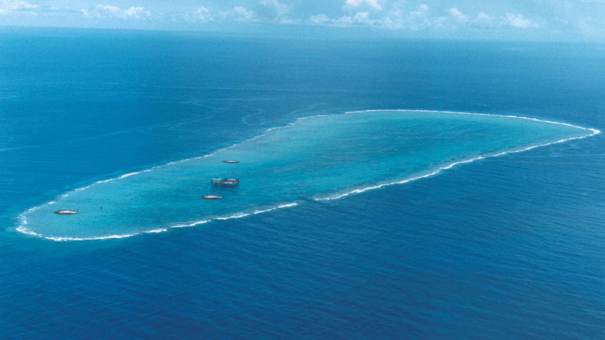 Japan grows an island to check China\'s territorial ambitions ...