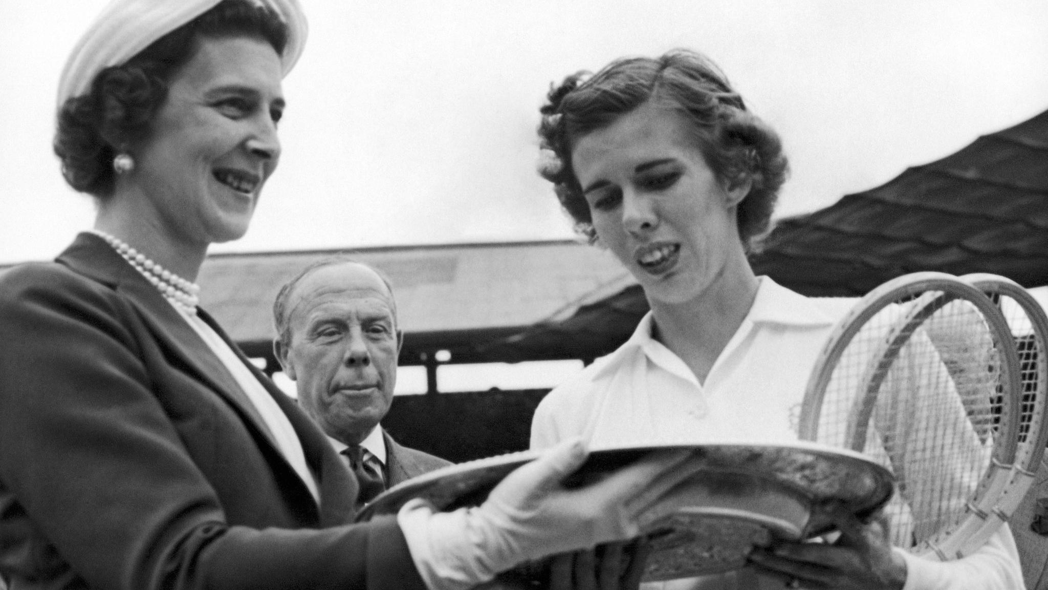 Doris Hart tennis champion 1925 2015