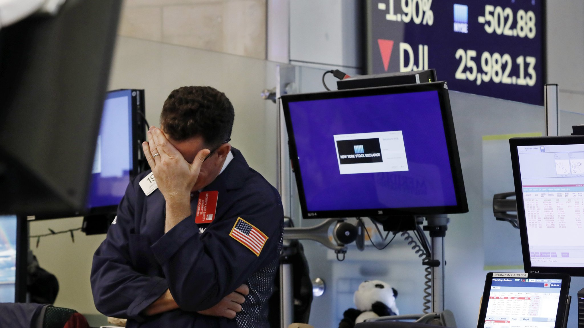 Tech stocks belted by trade fears