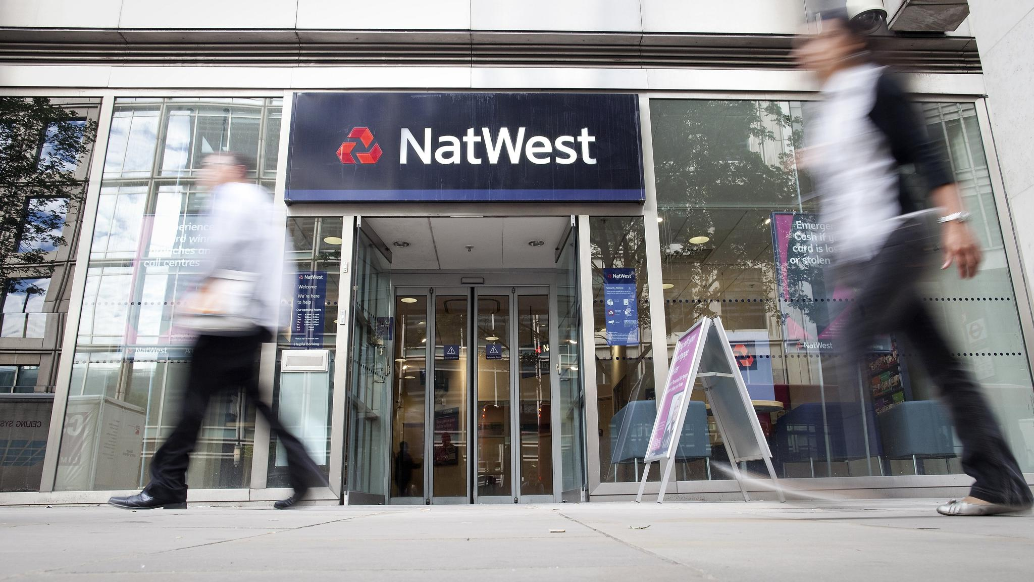 NatWest pulling out of share dealing | Financial Times