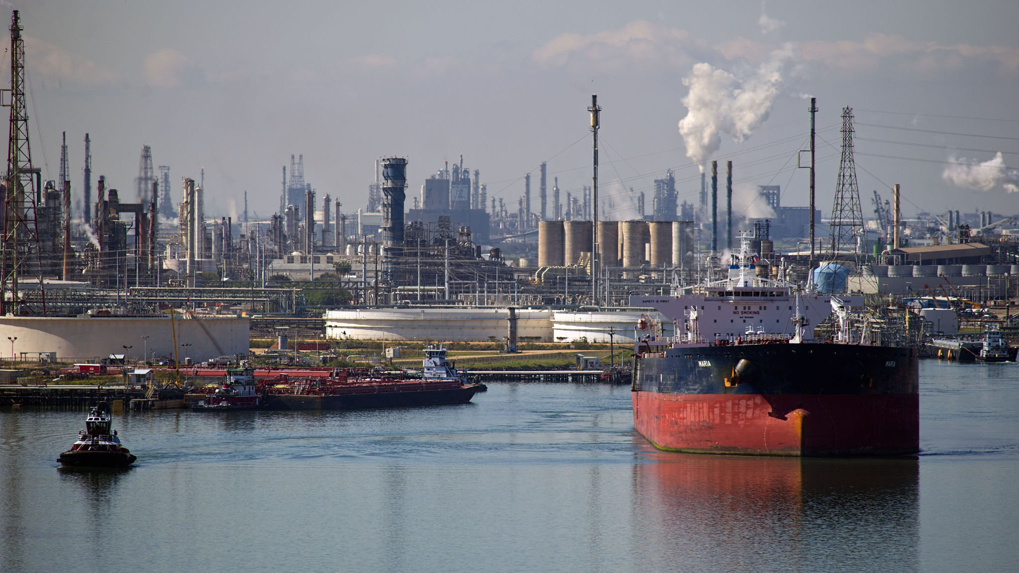 Oil tanker rates to stay high until year-end, says Euronav chief