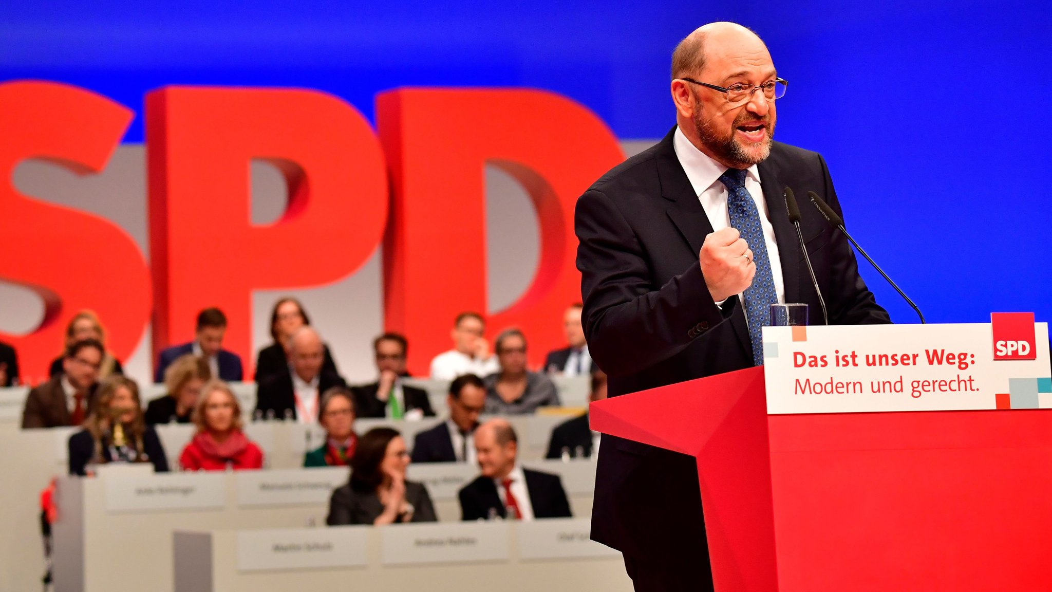 Martin Schulz calls for 'United States of Europe'