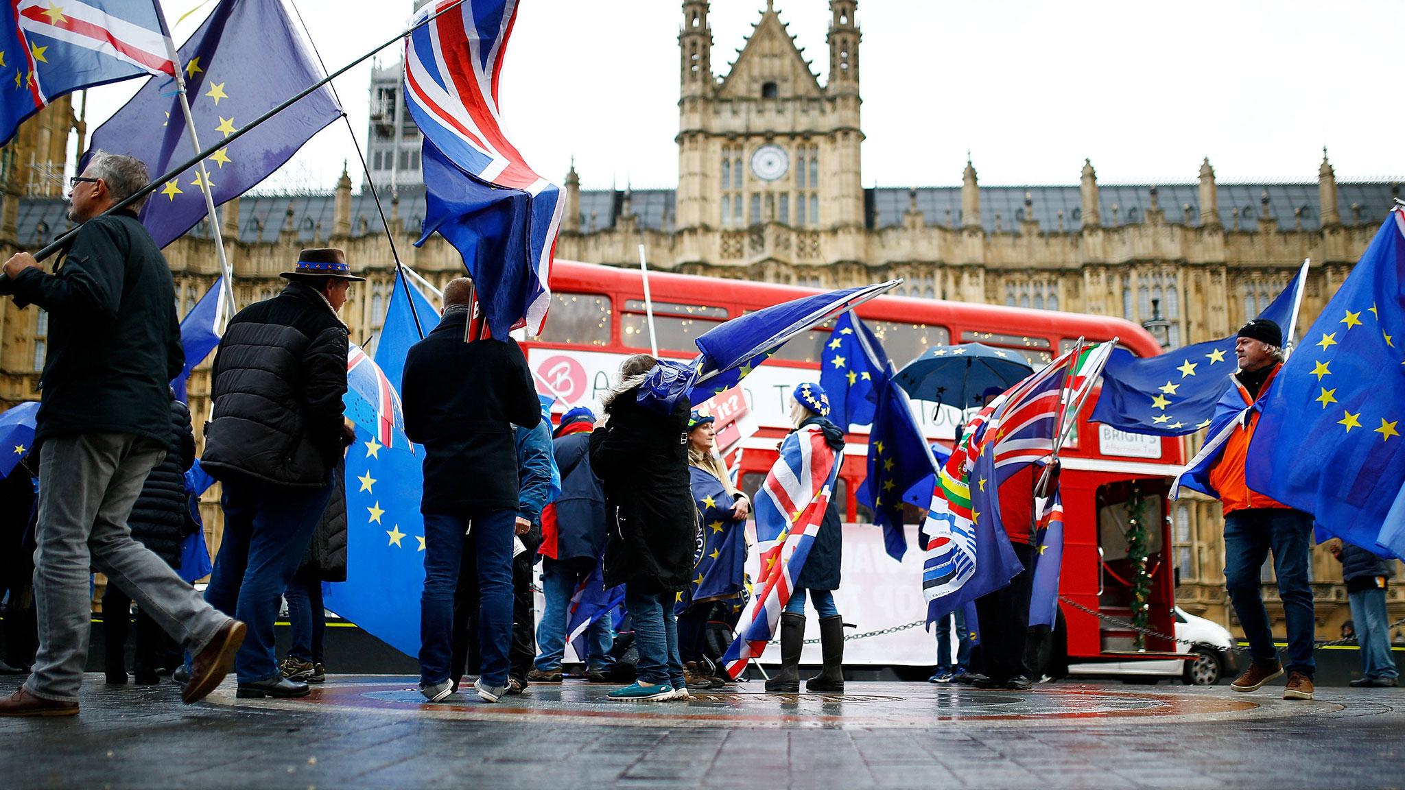 UK government loses contempt vote over Brexit legal advice