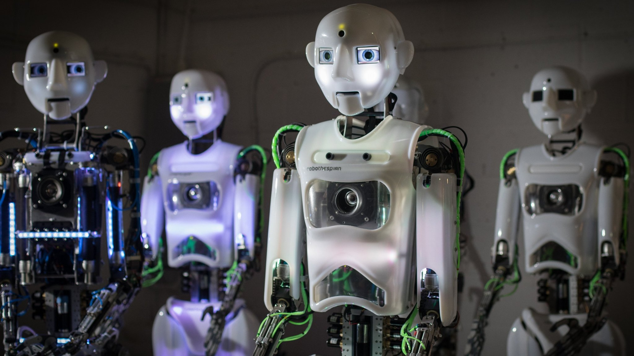 roboti consilieri comerciali