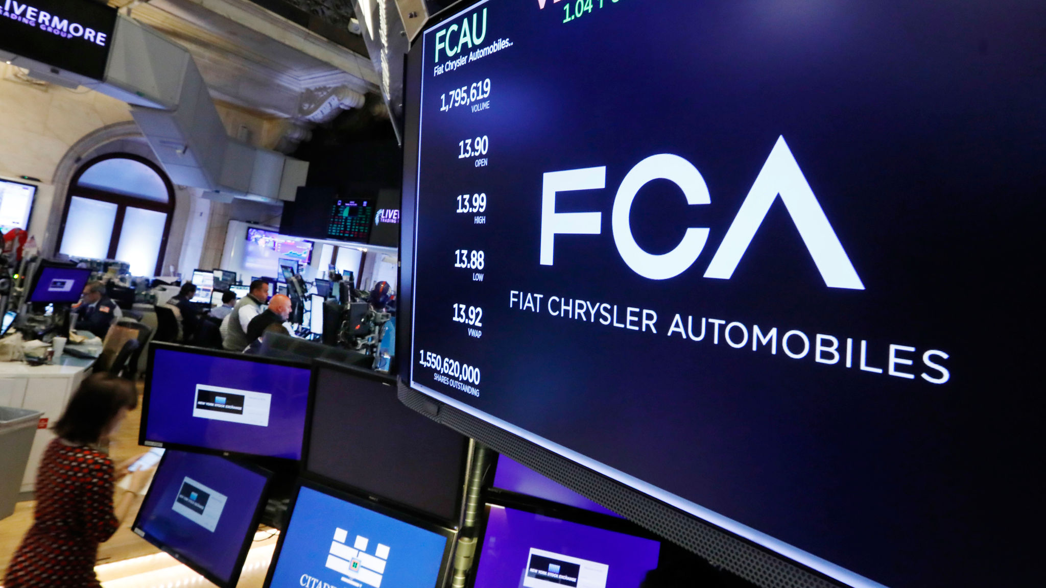 Fiat Chrysler books loss after €1.4bn charge on Alfa Romeo and Europe