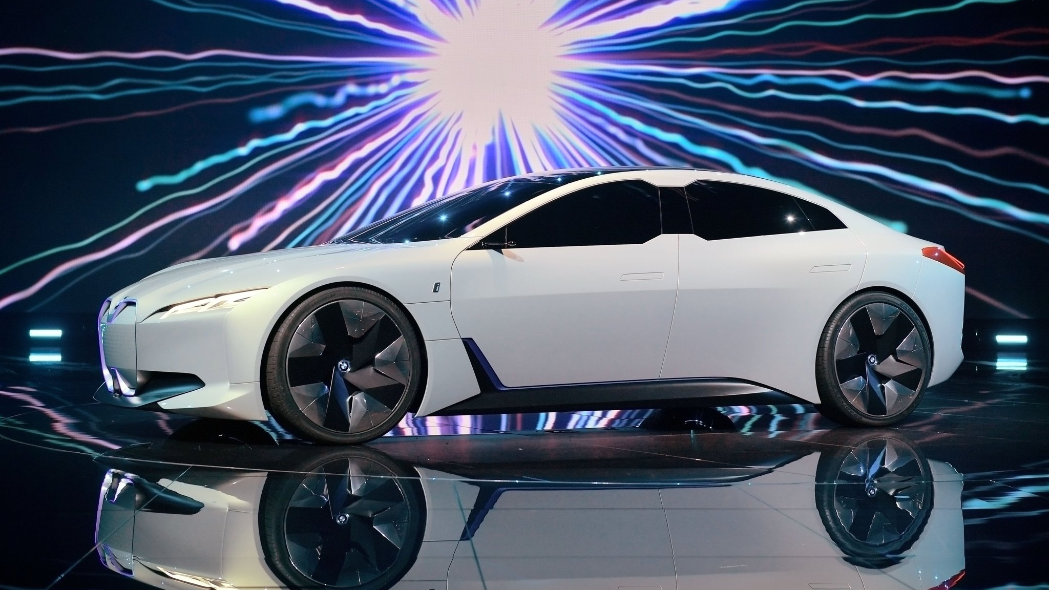 Electric car dream collides with reality on profits