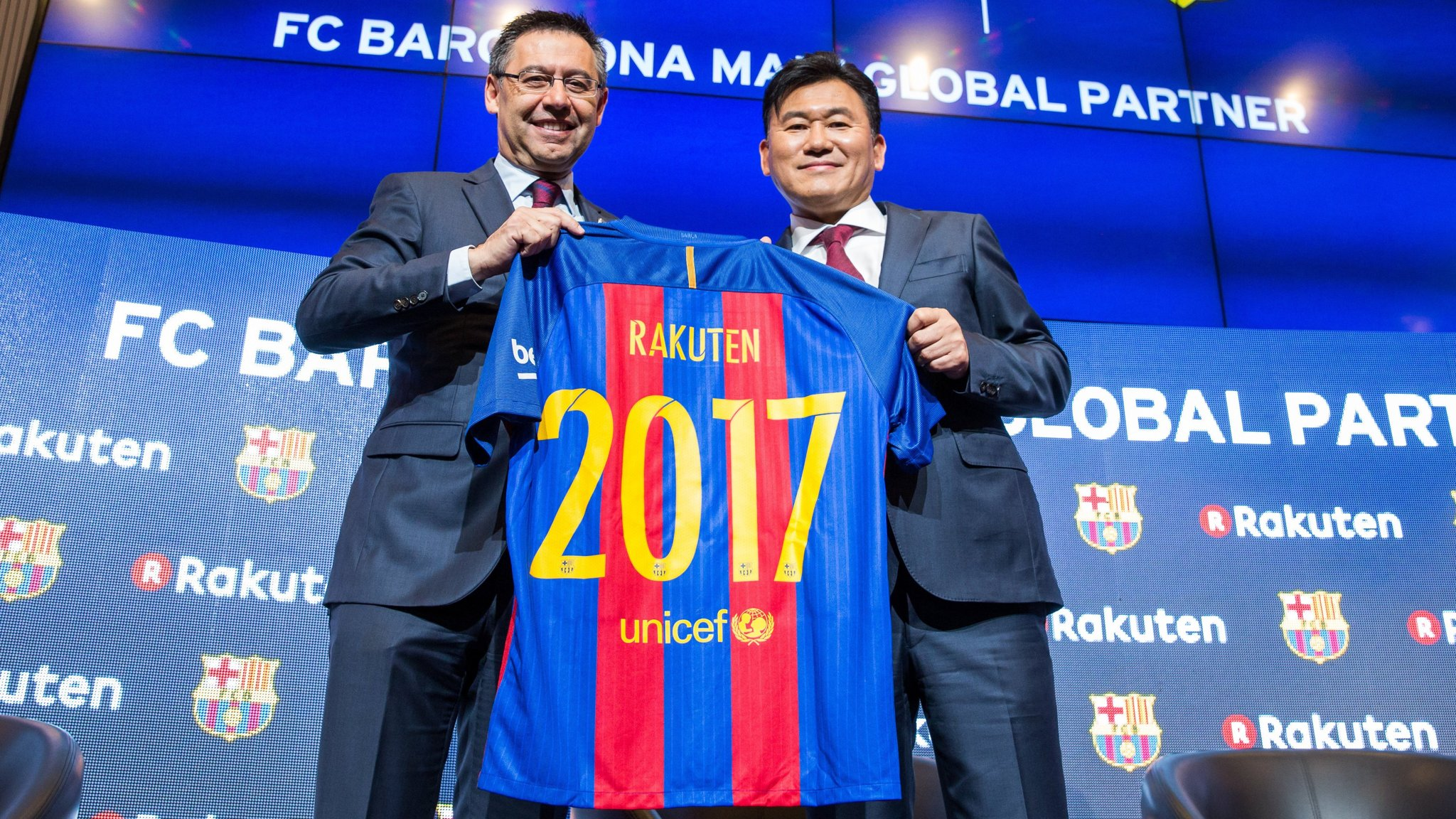 Rakuten Ups Its Brand Game With 220m Barcelona Sponsorship Financial Times