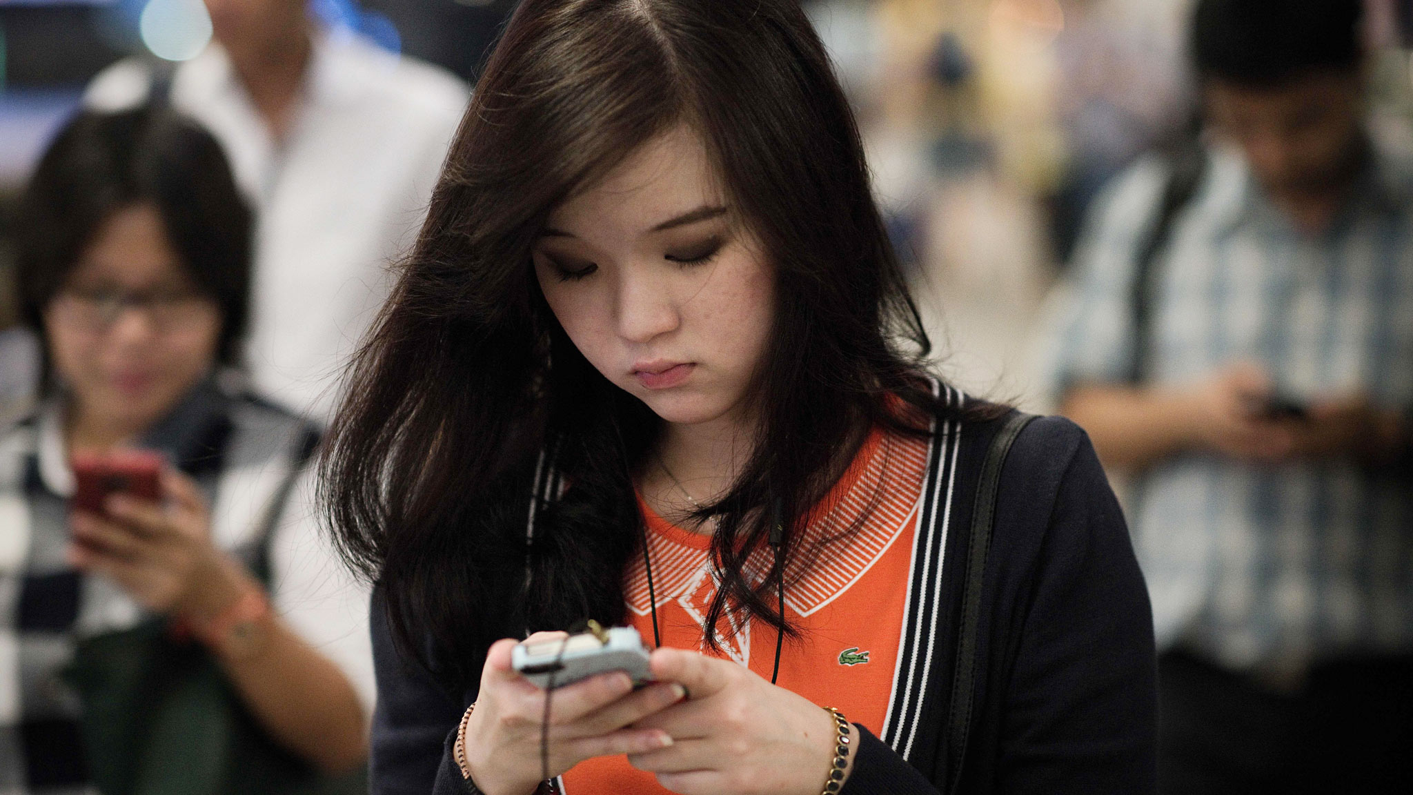 Asian mobile chat apps challenge western dominance