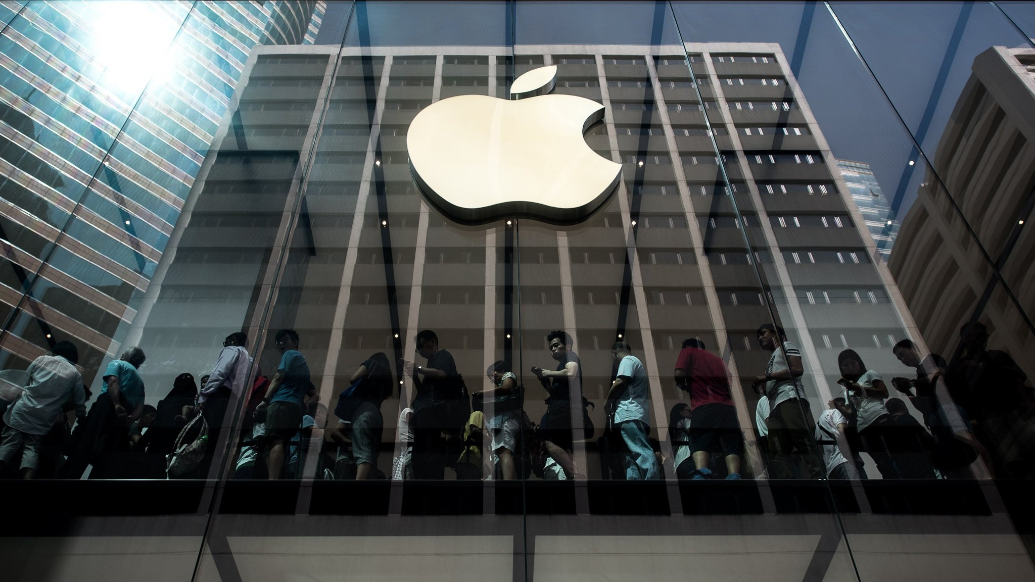 Apple plans self-drive shuttle for Silicon Valley staff