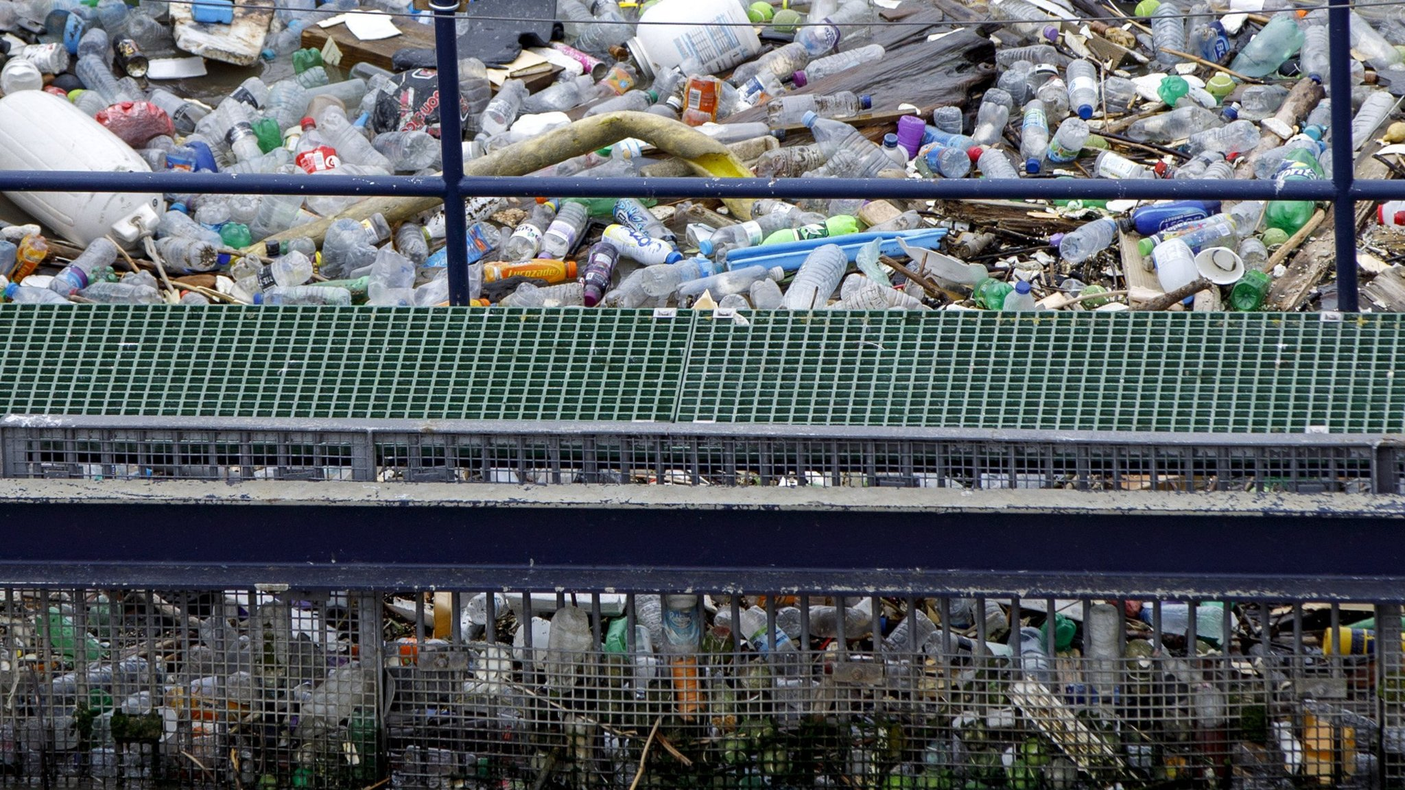 Plastics ban set to frustrate recycling exporters