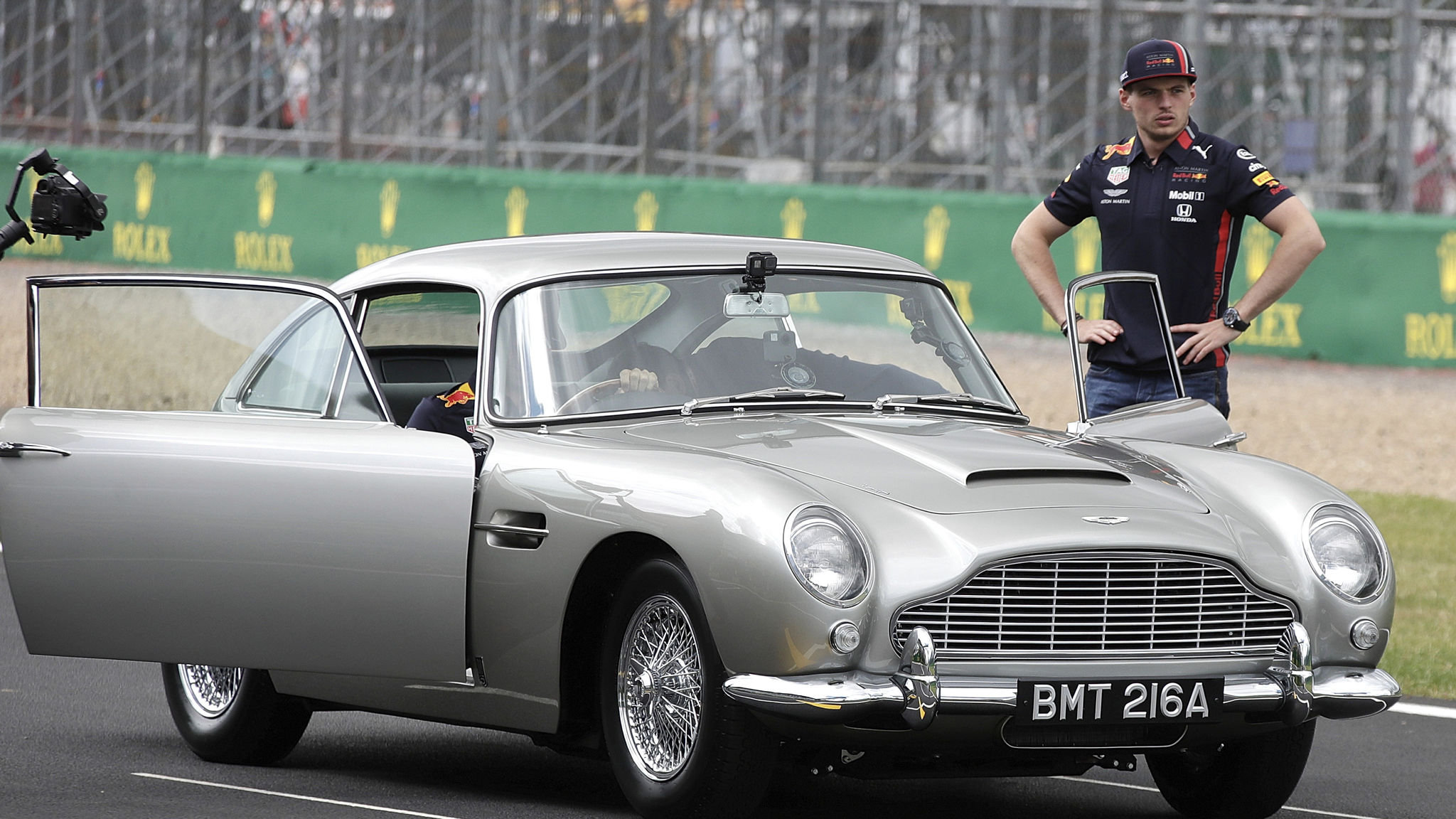 Opening Quote Aston Martin Shares Skid Lower After Warning Financial Times